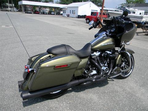 2017 Harley-Davidson Road Glide® Special in Springfield, Massachusetts - Photo 3