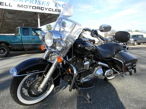 2001 Harley-Davidson FLHRCI Road King® Classic in Springfield, Massachusetts