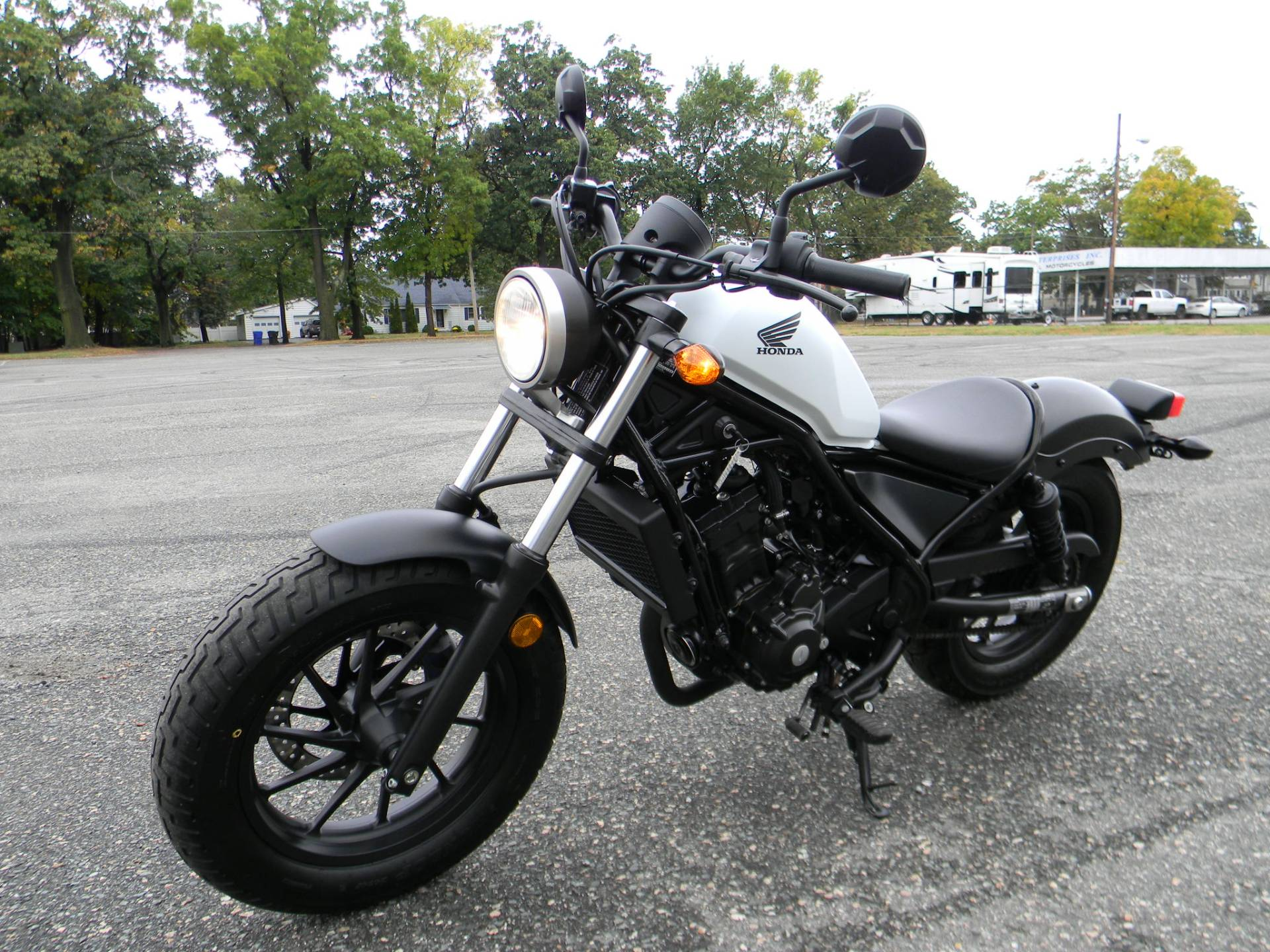 2017 Honda Rebel 300 in Springfield, Massachusetts - Photo 5
