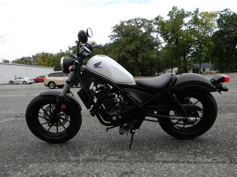 2017 Honda Rebel 300 in Springfield, Massachusetts - Photo 6