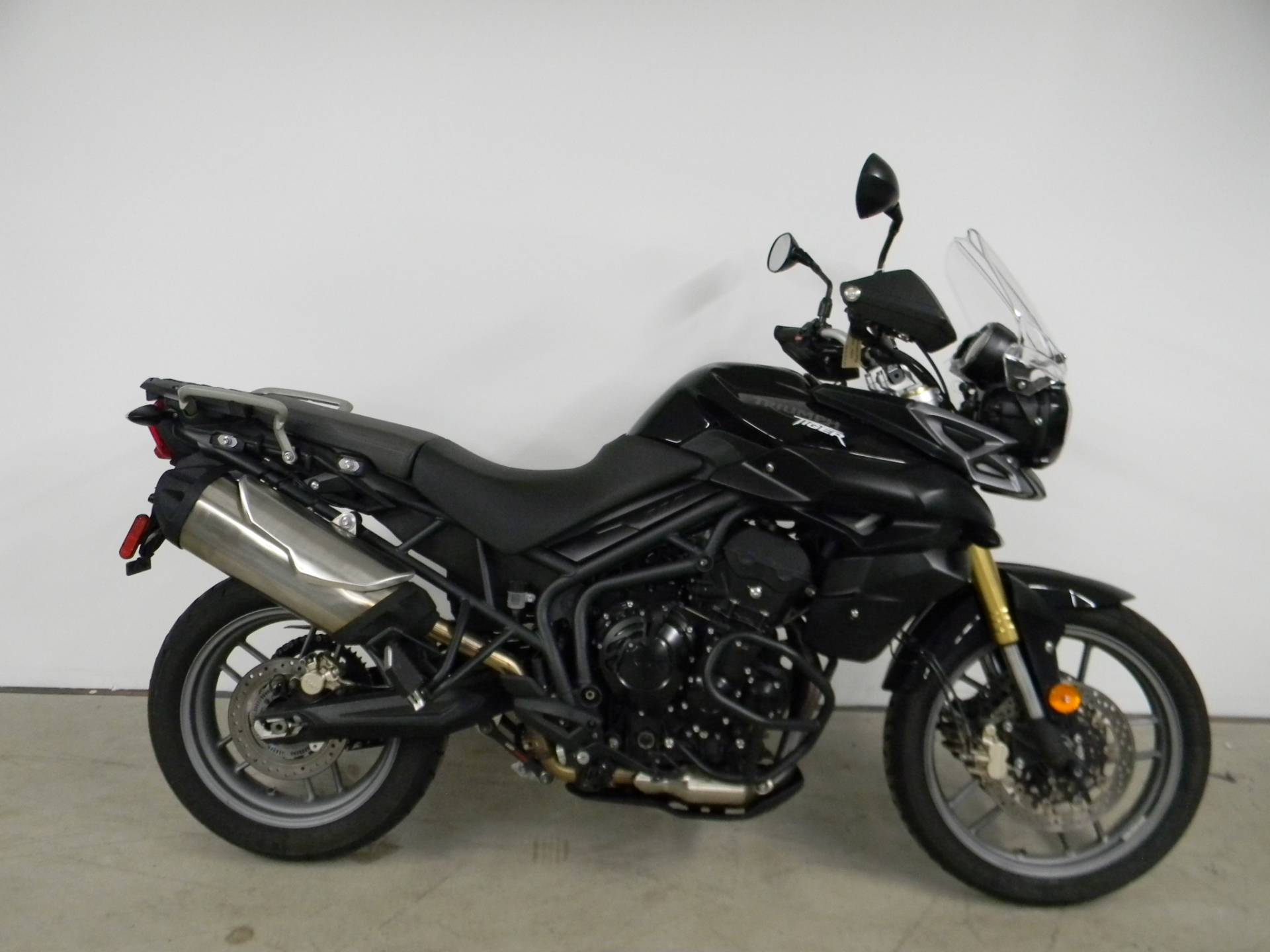 2014 Triumph Tiger 800 ABS in Springfield, Massachusetts - Photo 1