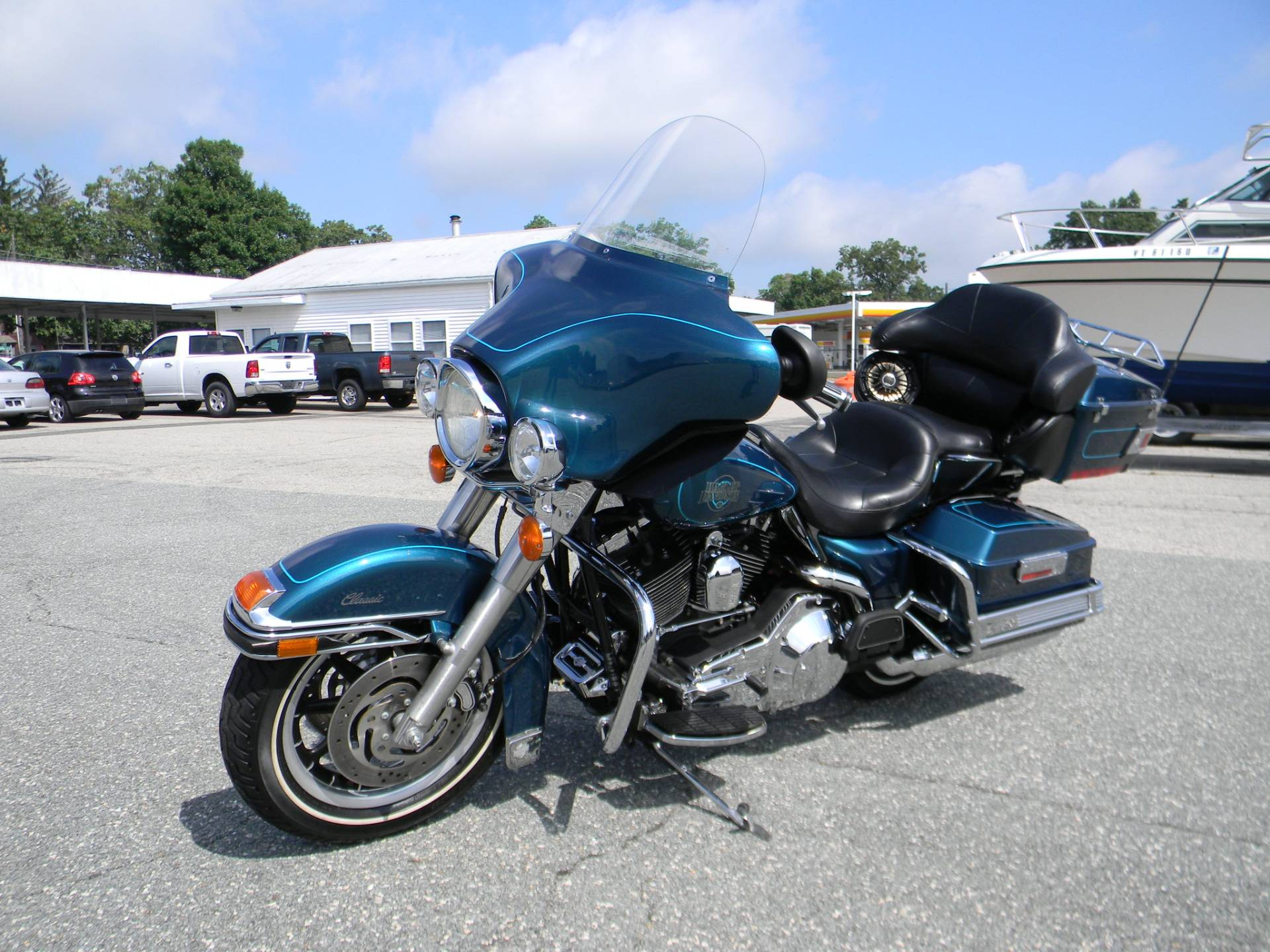 2004 Harley-Davidson FLHTC/FLHTCI Electra Glide® Classic in Springfield, Massachusetts - Photo 6