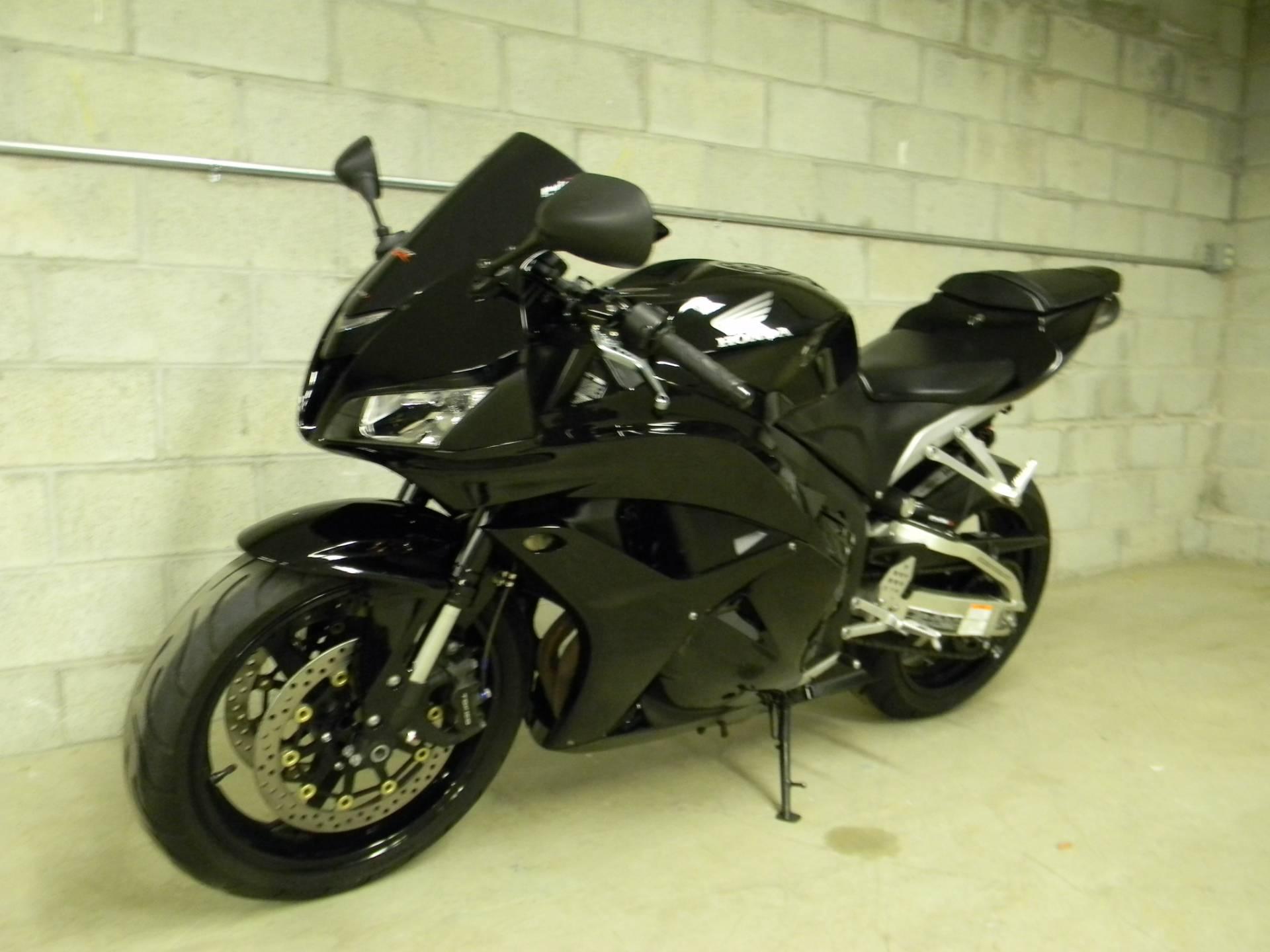 2011 Honda CBR®600RR in Springfield, Massachusetts