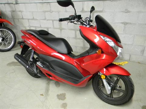 2013 Honda PCX150 in Springfield, Massachusetts