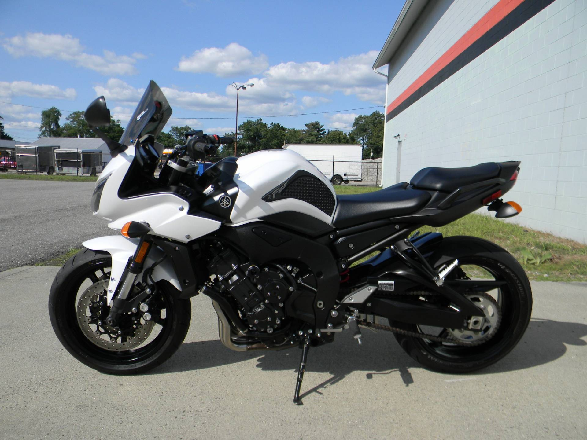 2012 Yamaha FZ1 in Springfield, Massachusetts