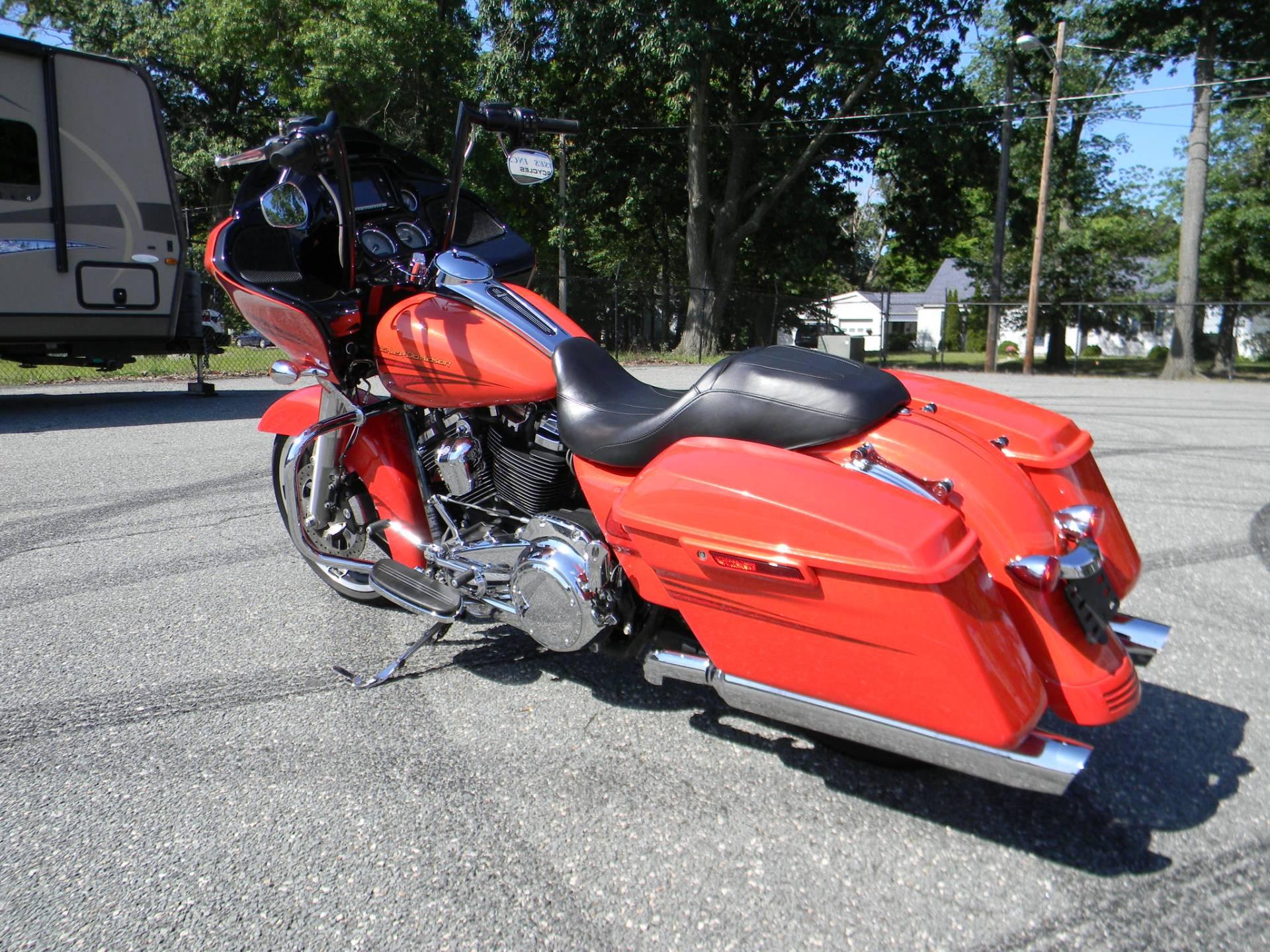 2017 Harley-Davidson Road Glide® Special in Springfield, Massachusetts