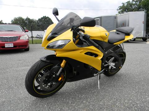 2008 Yamaha YZF-R6 in Springfield, Massachusetts - Photo 4