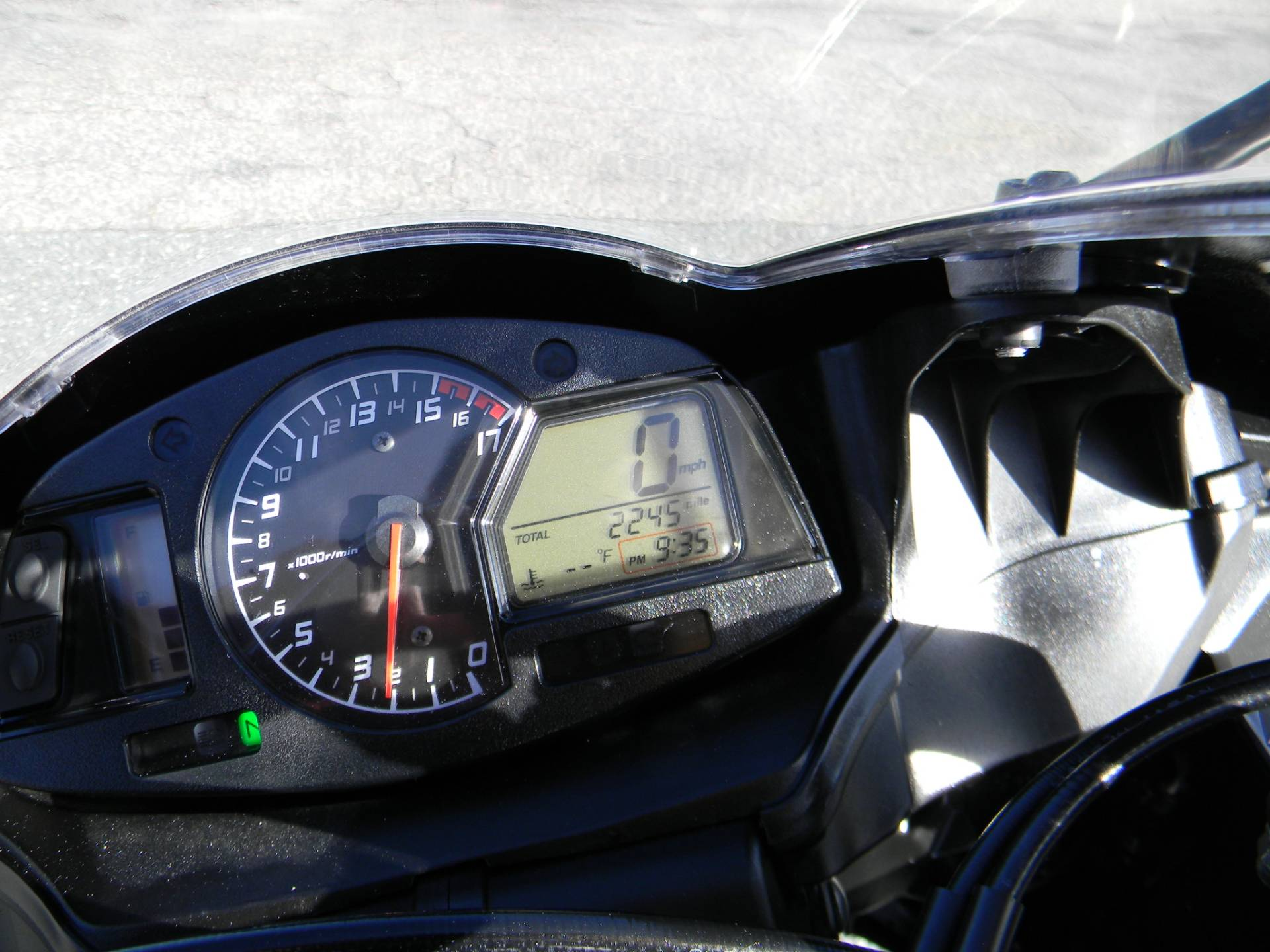 2015 Honda CBR®600RR in Springfield, Massachusetts - Photo 4
