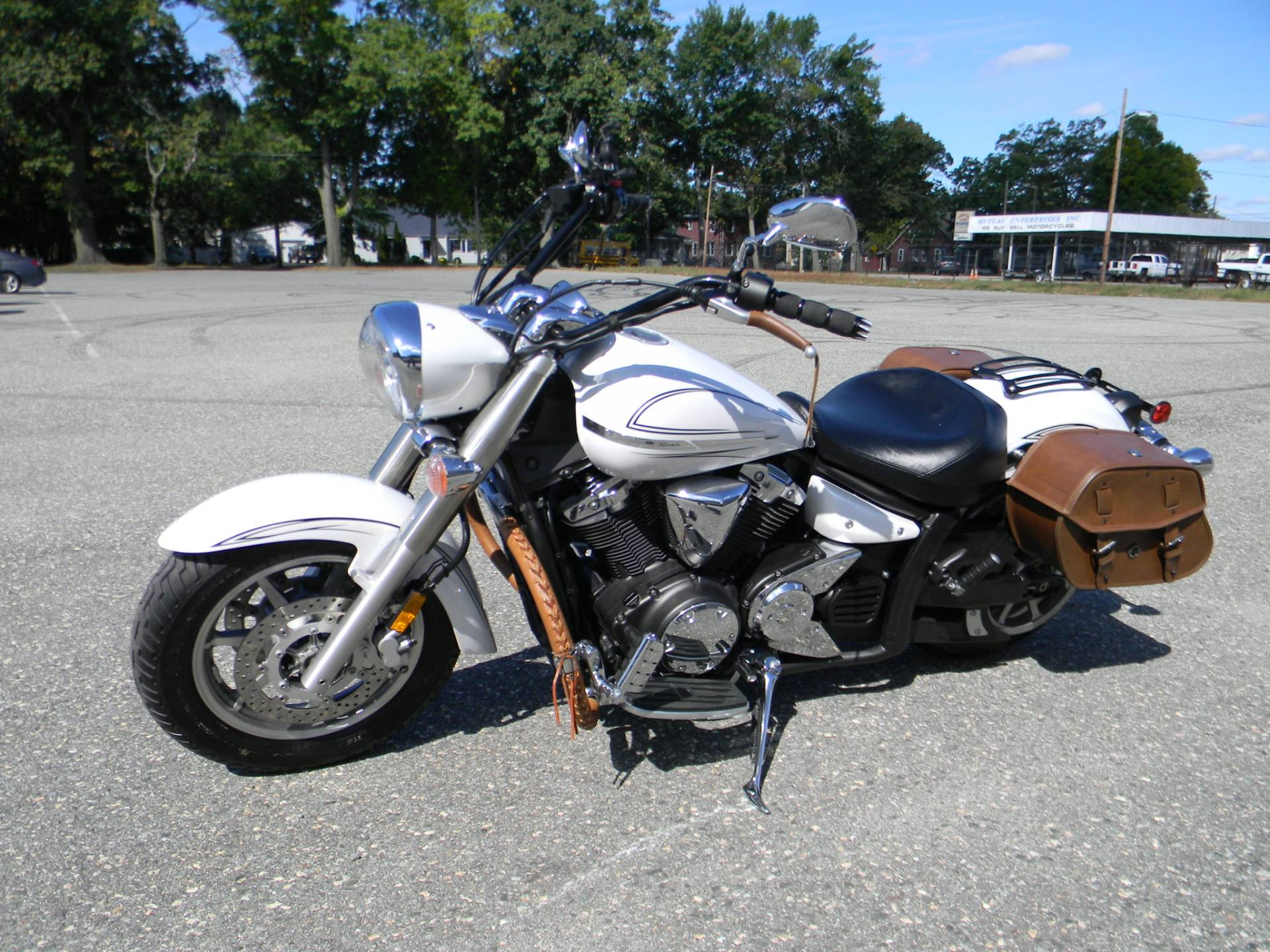 2009 Yamaha V Star 1300 in Springfield, Massachusetts - Photo 4