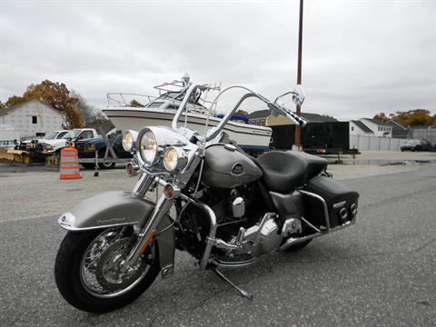 2009 Harley-Davidson Road King® Classic in Springfield, Massachusetts - Photo 5