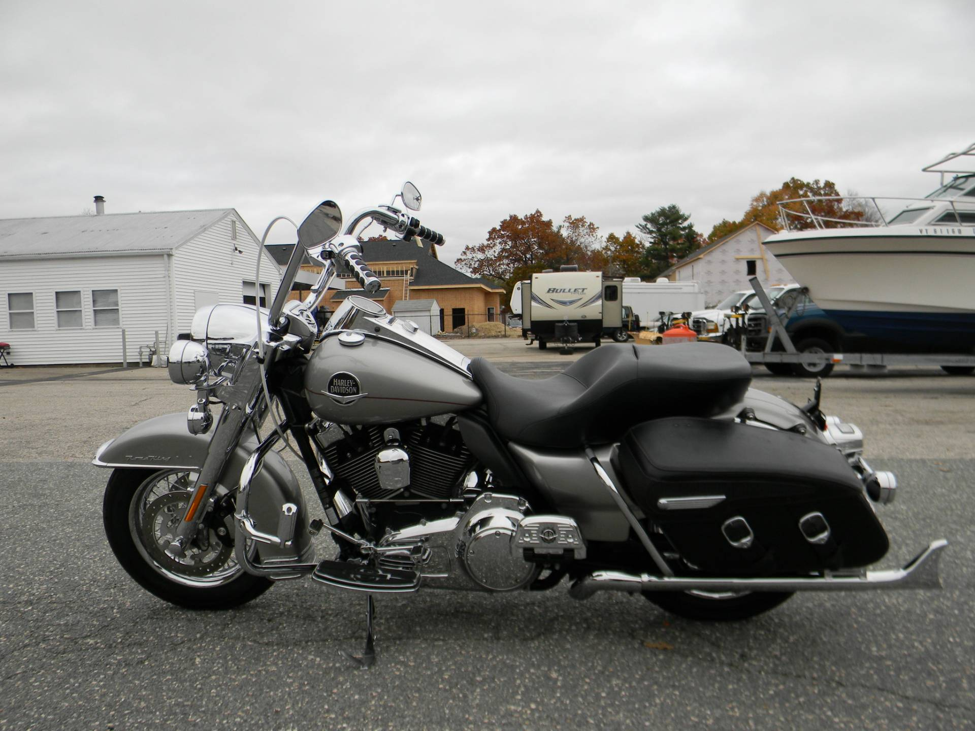 2009 Harley-Davidson Road King® Classic in Springfield, Massachusetts - Photo 6