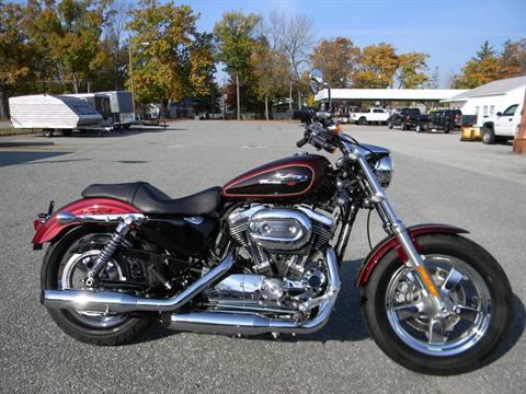 2015 Harley-Davidson 1200 Custom in Springfield, Massachusetts