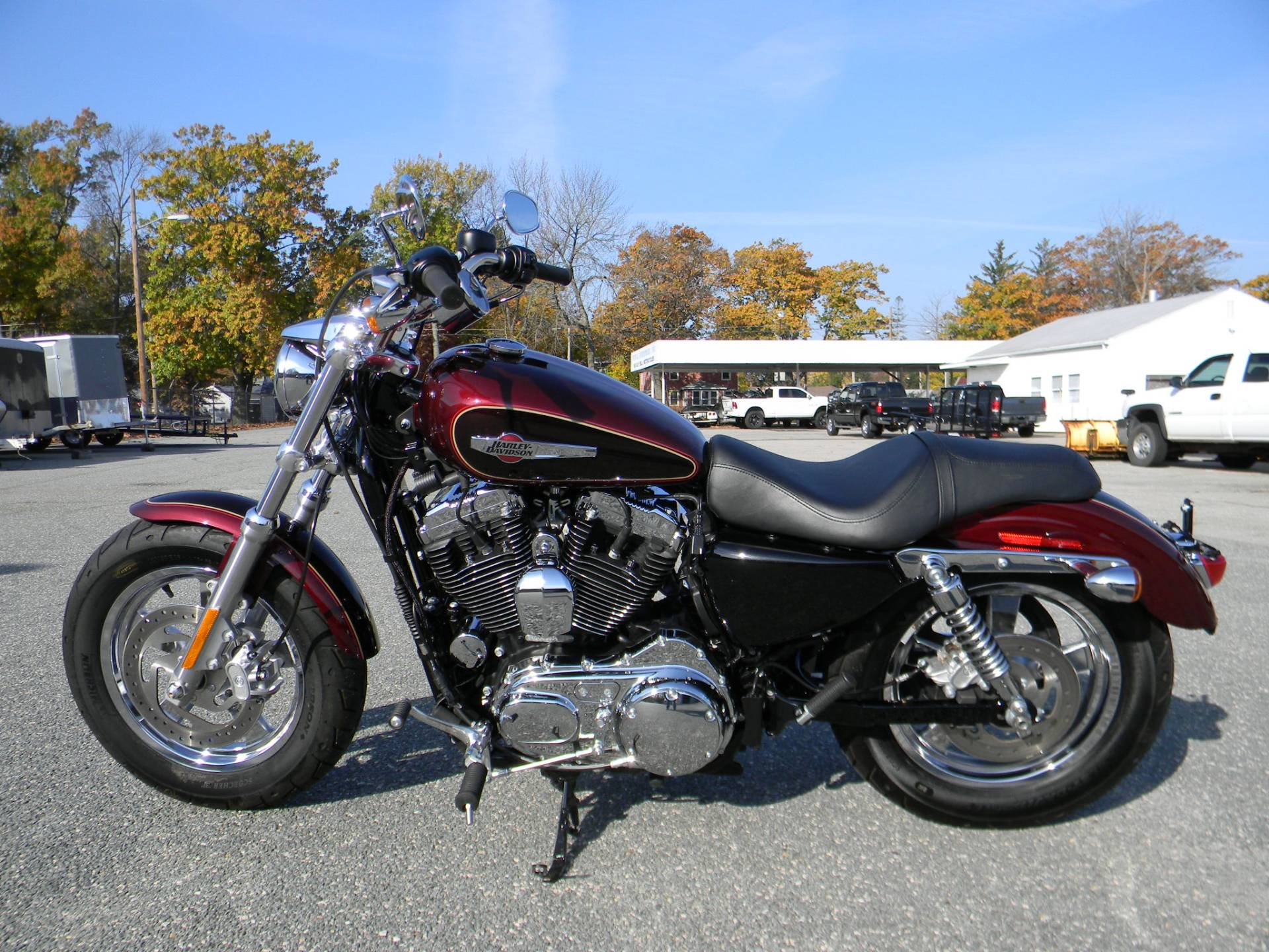 2015 Harley-Davidson 1200 Custom in Springfield, Massachusetts - Photo 6