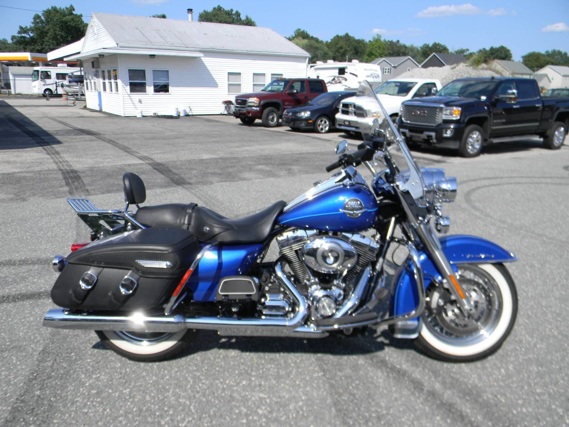2010 Harley-Davidson Road King® Classic in Springfield, Massachusetts - Photo 1