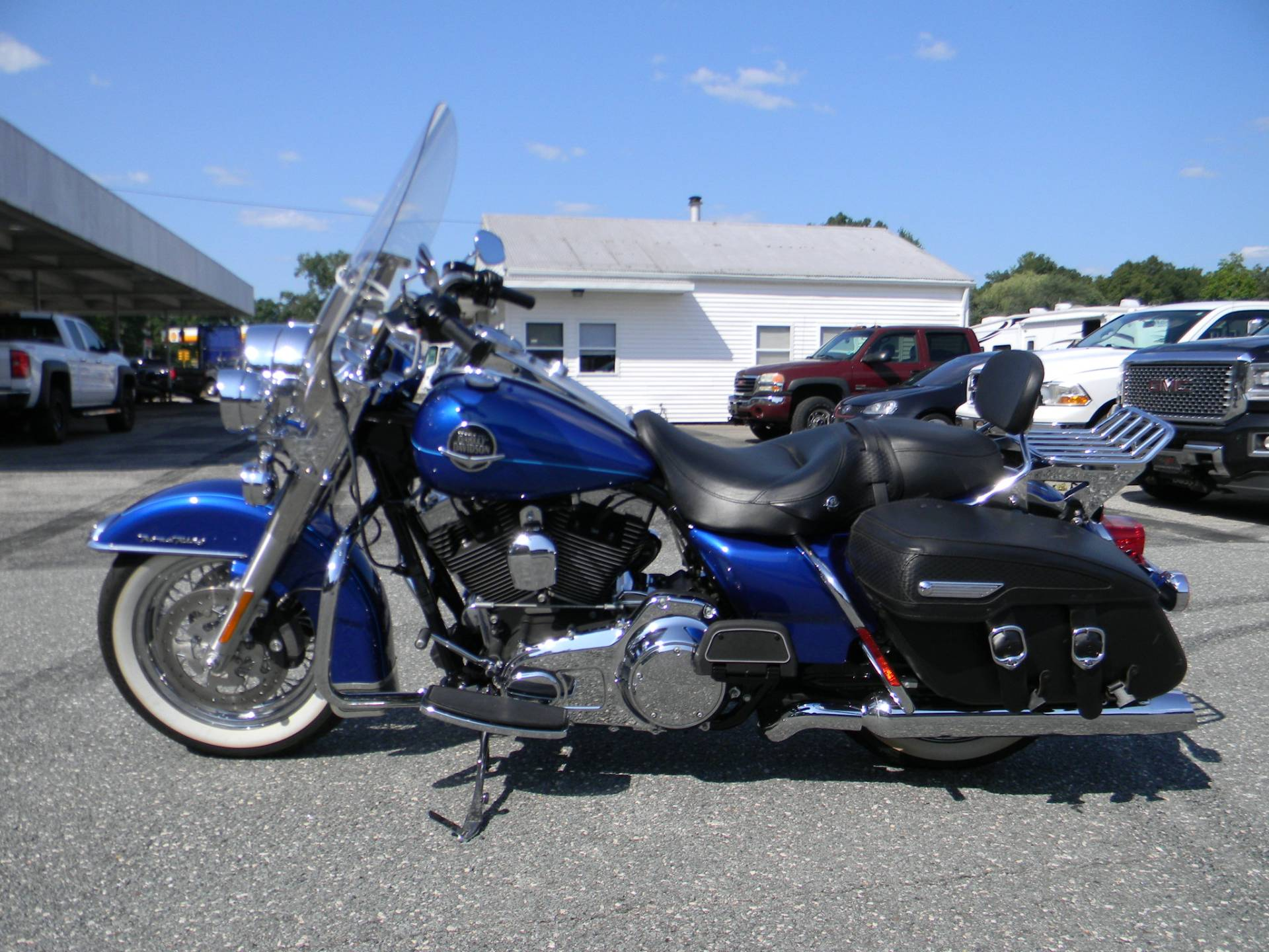 2010 Harley-Davidson Road King® Classic in Springfield, Massachusetts - Photo 6