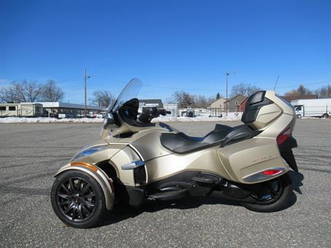 2017 Can-Am Spyder RT-S in Springfield, Massachusetts - Photo 9