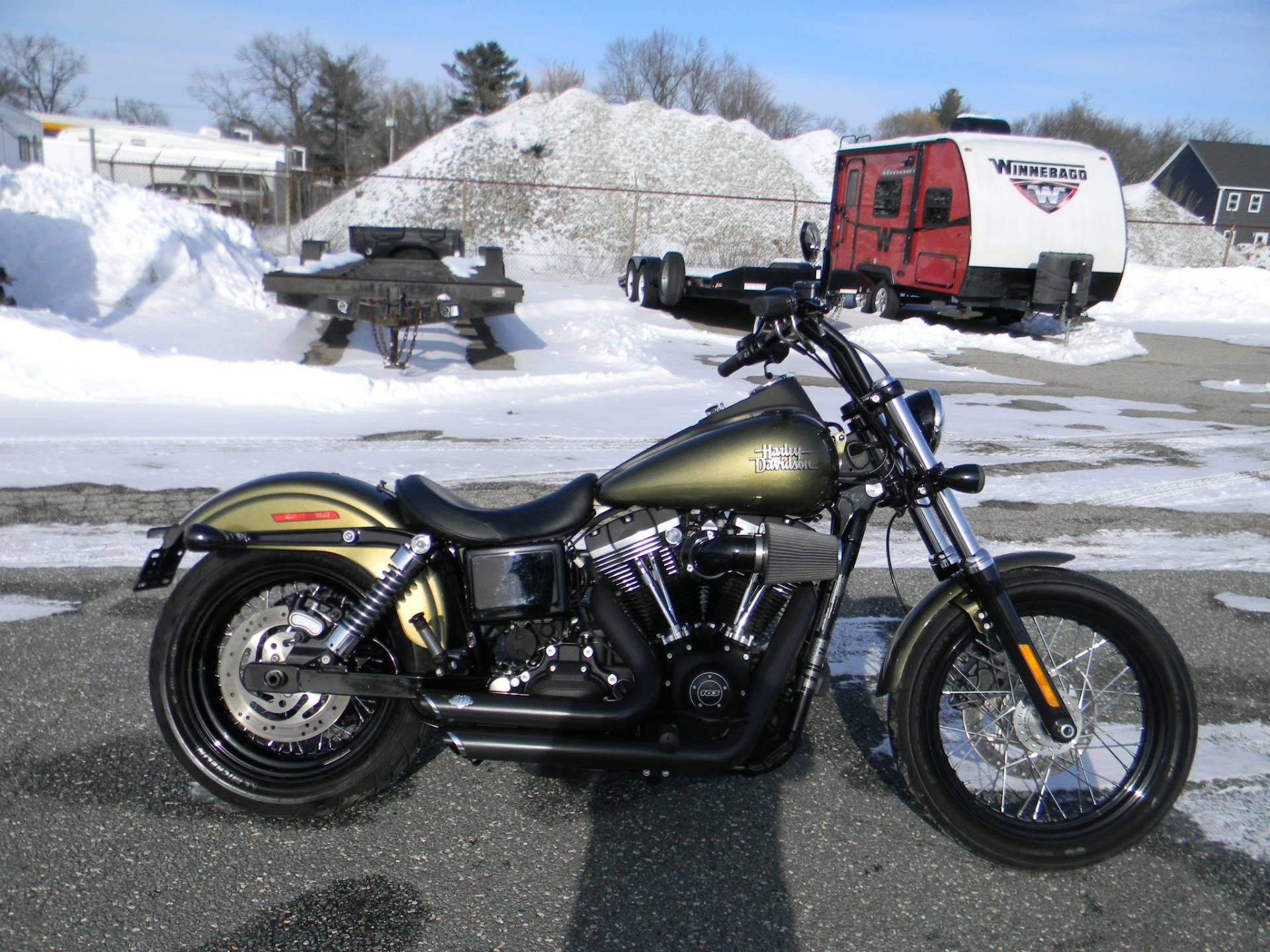 2016 Harley-Davidson Street Bob 1