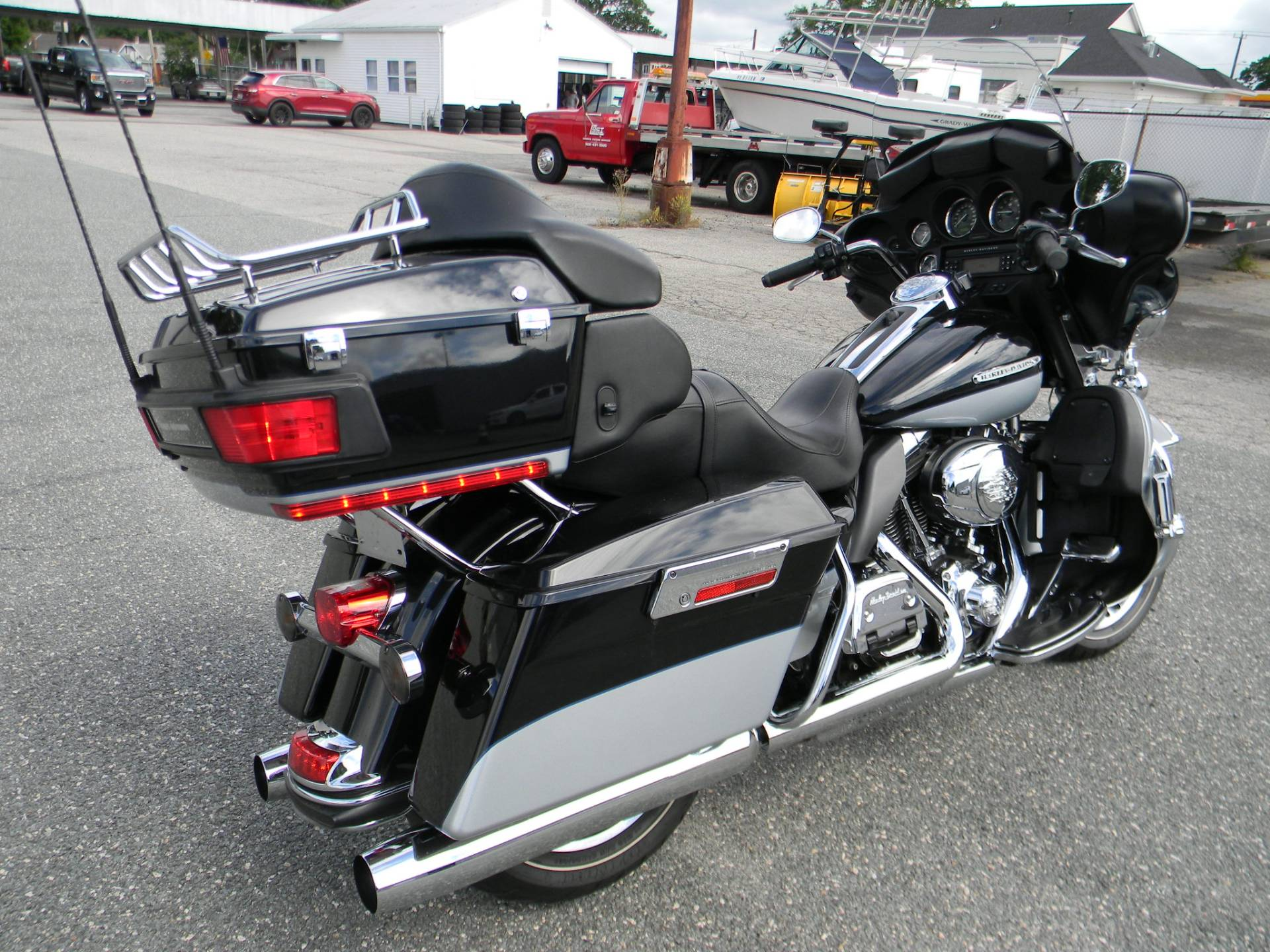 2012 Harley-Davidson Electra Glide® Ultra Limited in Springfield, Massachusetts - Photo 3