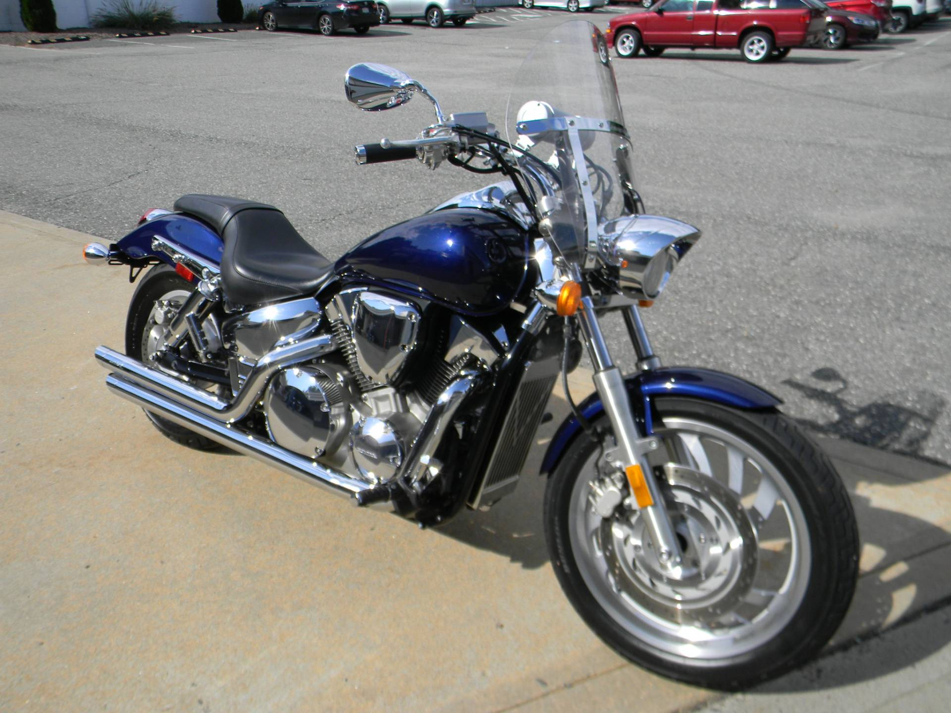 2007 Honda VTX™1300R in Springfield, Massachusetts - Photo 2
