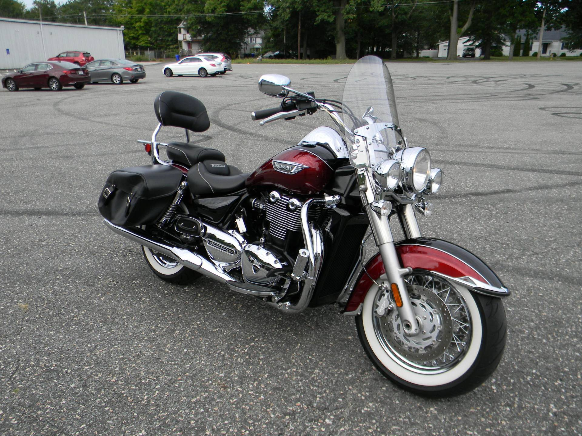 2015 Triumph Thunderbird LT ABS in Springfield, Massachusetts - Photo 2