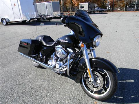 2013 Harley-Davidson Street Glide® in Springfield, Massachusetts - Photo 2