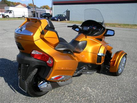 2014 Can-Am Spyder® RT Limited in Springfield, Massachusetts - Photo 3