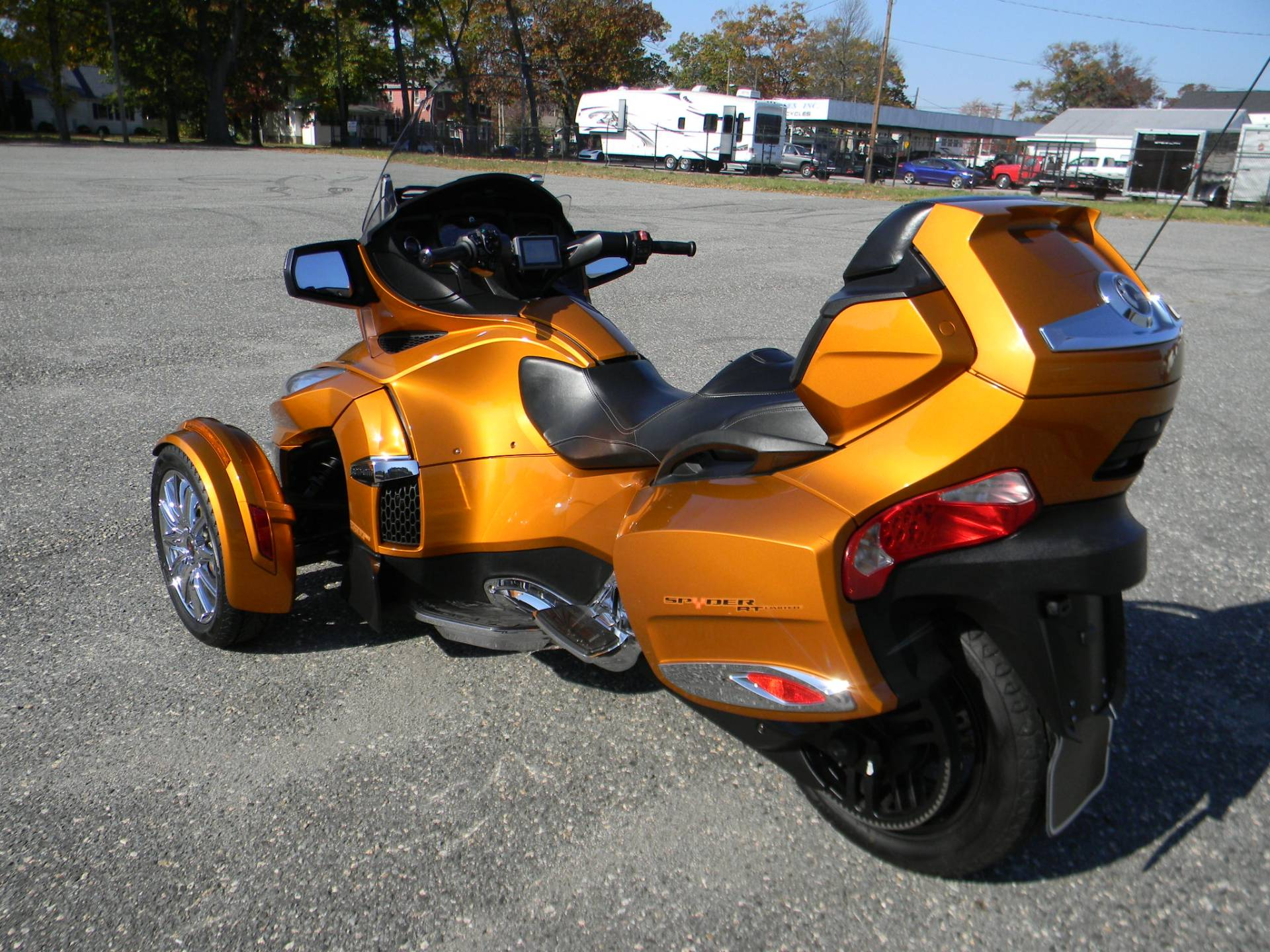 2014 Can-Am Spyder® RT Limited in Springfield, Massachusetts - Photo 9