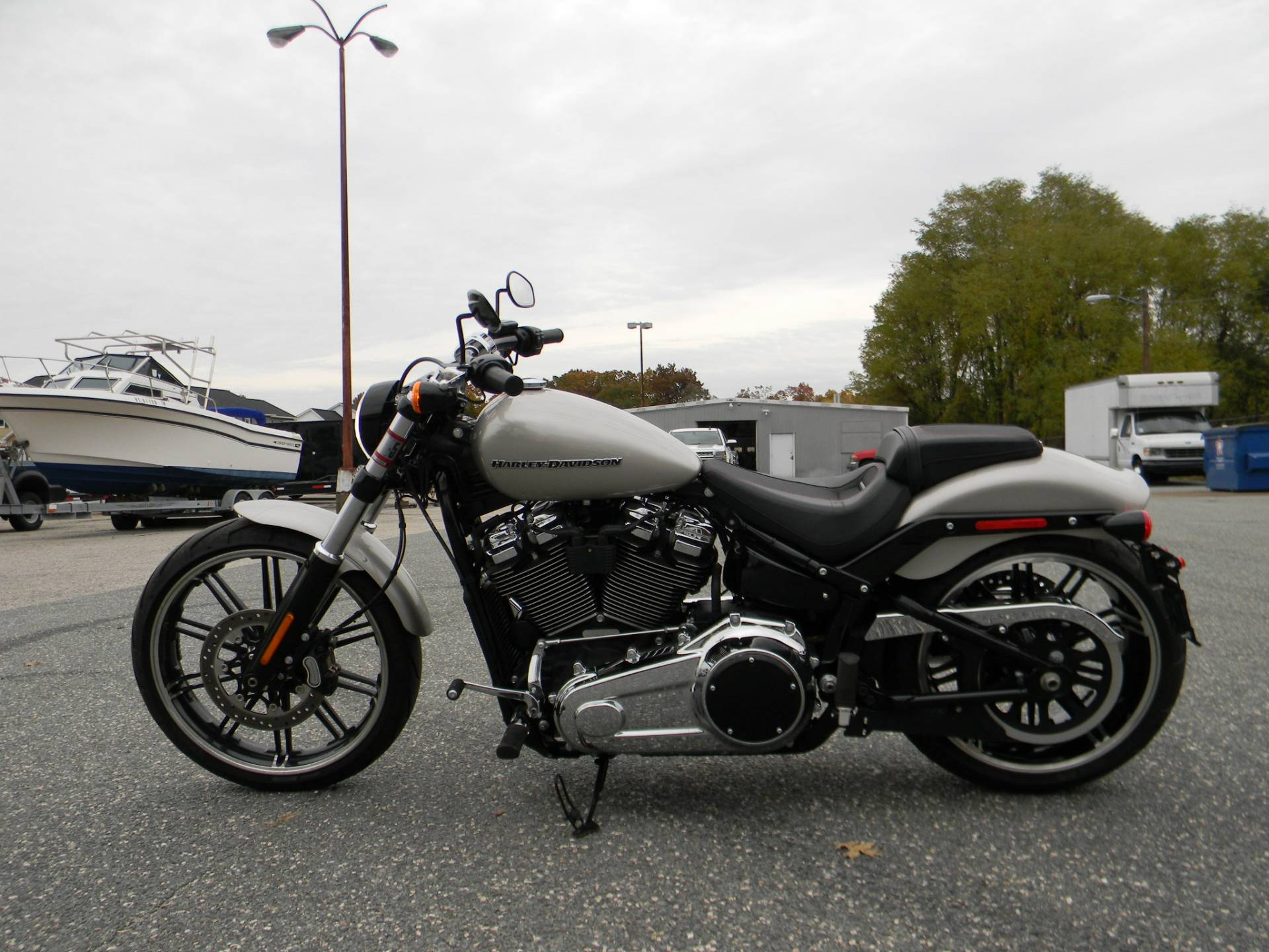 2018 Harley-Davidson Breakout® 107 in Springfield, Massachusetts - Photo 13
