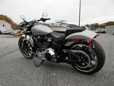 2018 Harley-Davidson Breakout® 107 in Springfield, Massachusetts - Photo 14