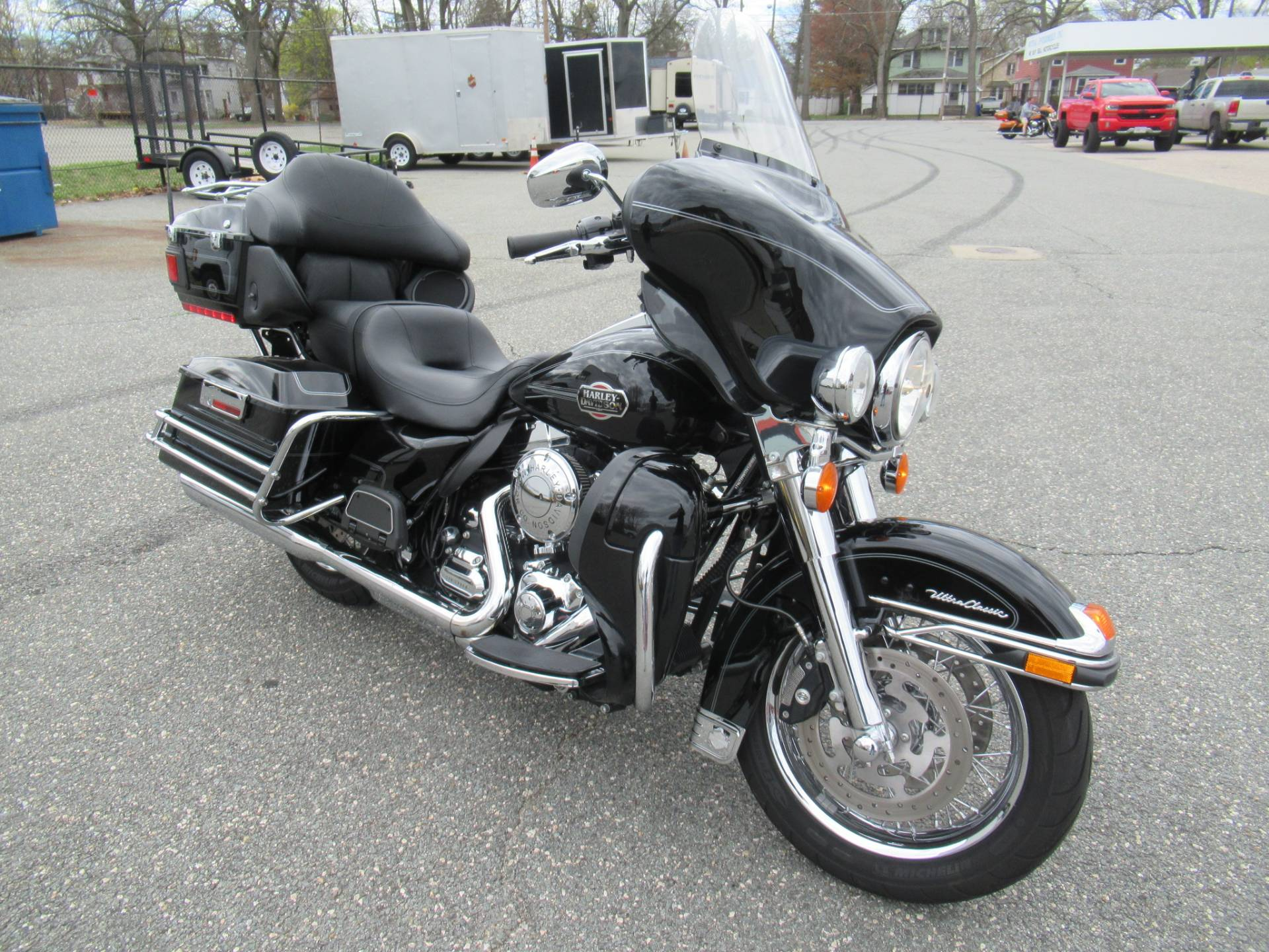 2010 Harley-Davidson Ultra Classic® Electra Glide® in Springfield, Massachusetts - Photo 2