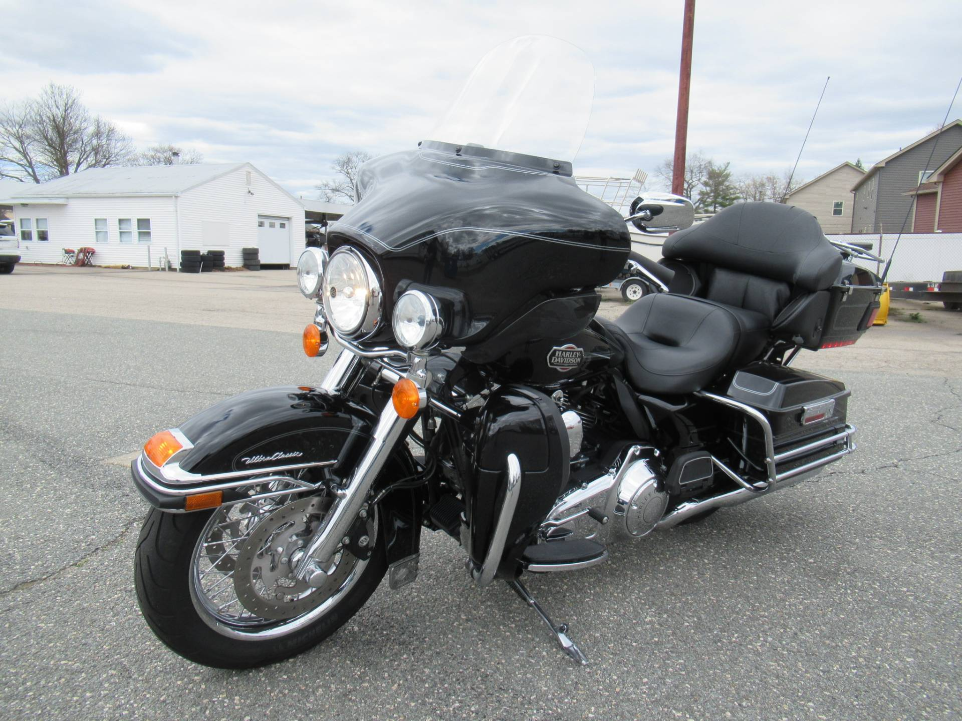 2010 Harley-Davidson Ultra Classic® Electra Glide® in Springfield, Massachusetts - Photo 6