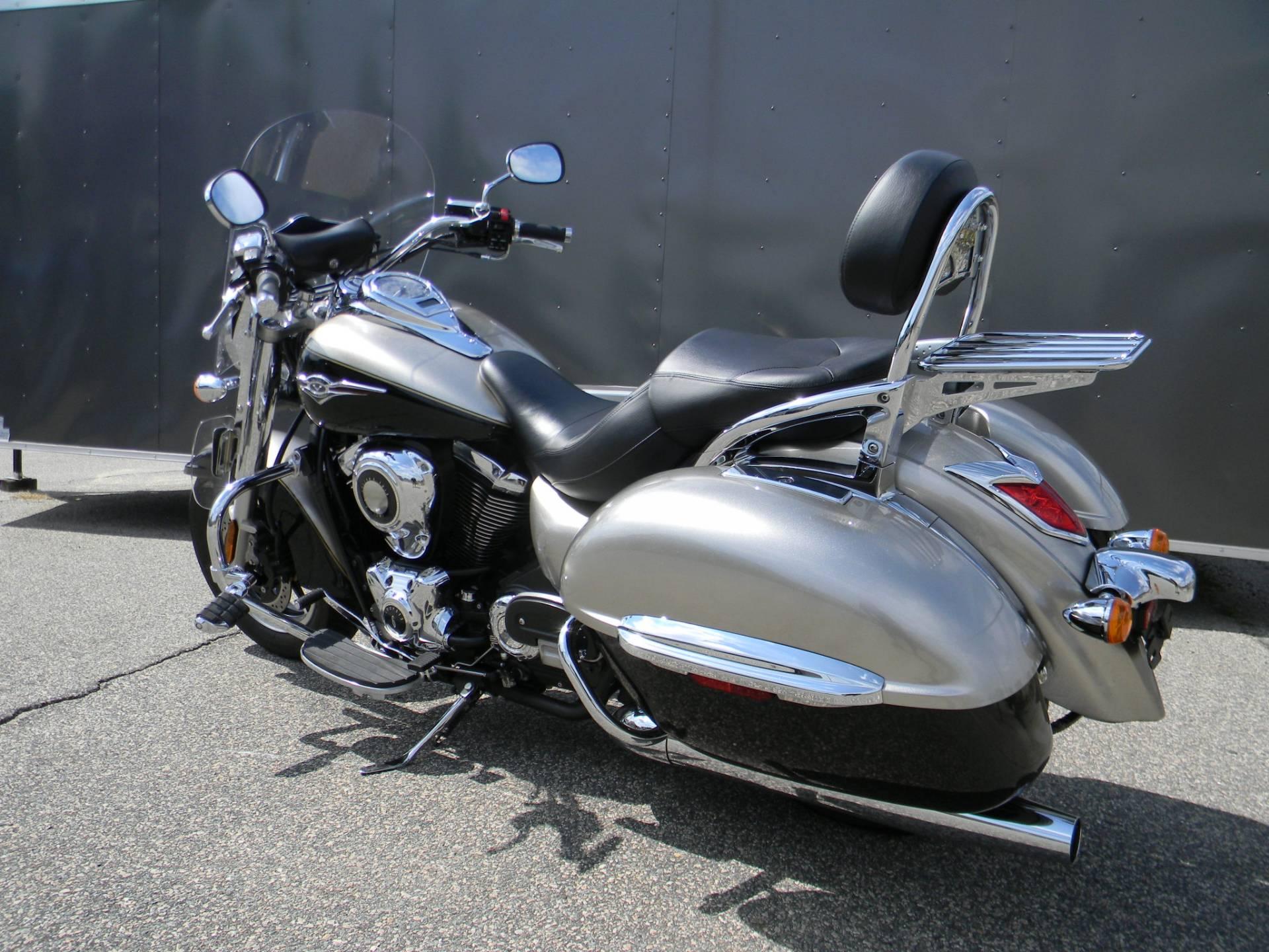 2013 Kawasaki Vulcan® 1700 Nomad™ in Springfield, Massachusetts
