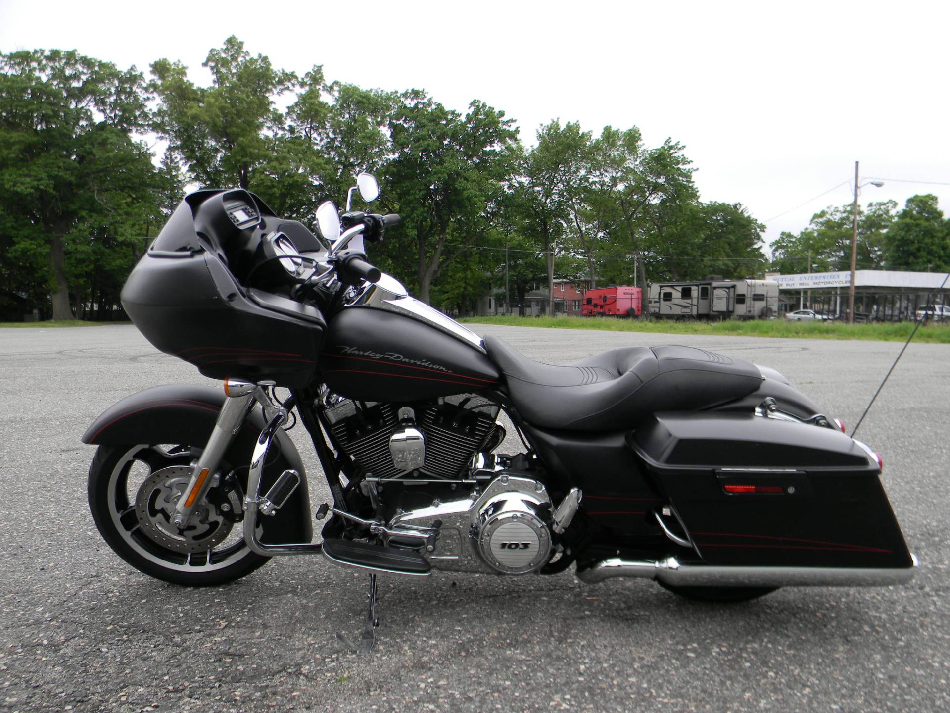 2013 Harley-Davidson Road Glide® Custom in Springfield, Massachusetts - Photo 6