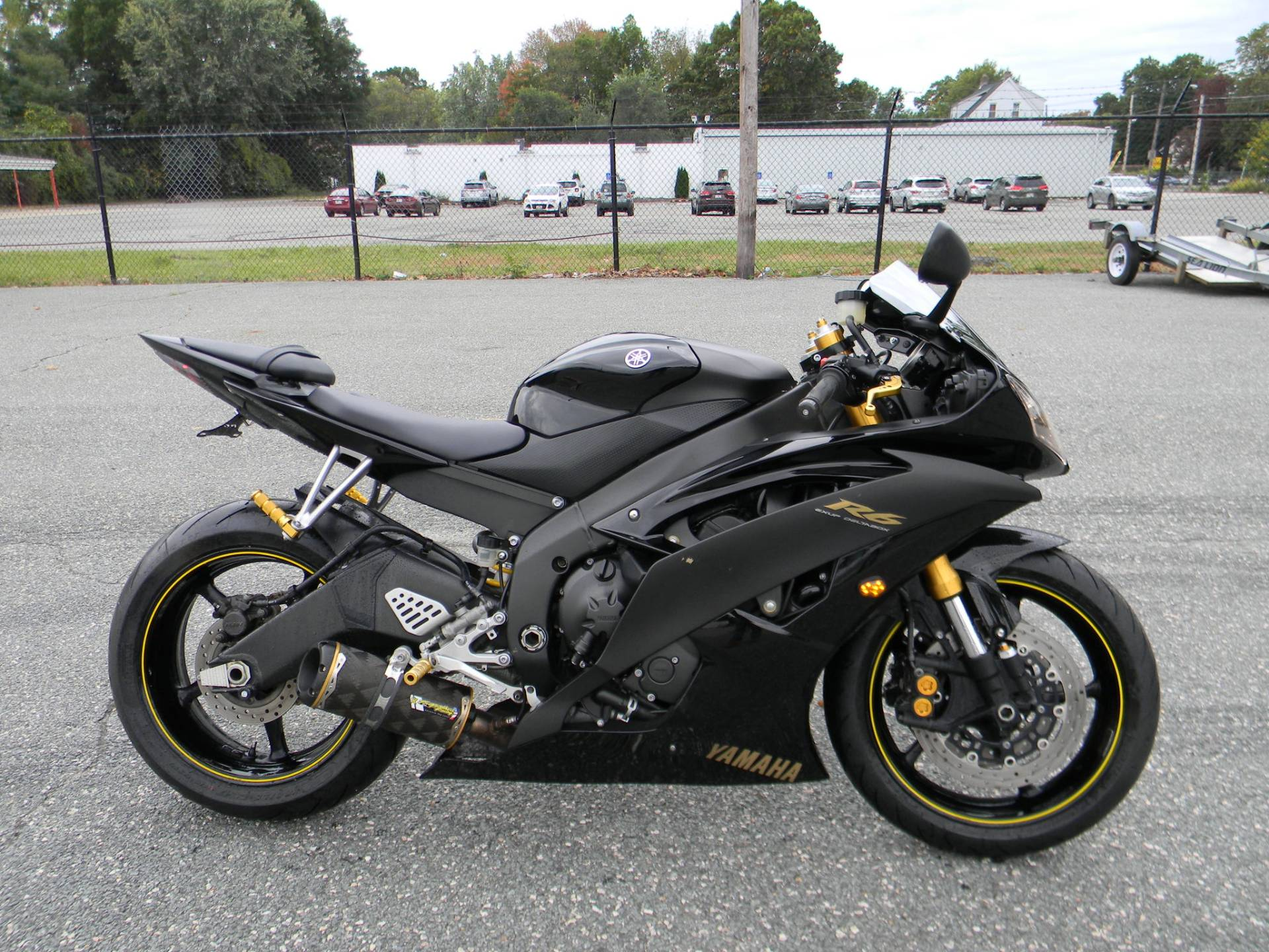 2008 Yamaha YZFR6 in Springfield, Massachusetts - Photo 1