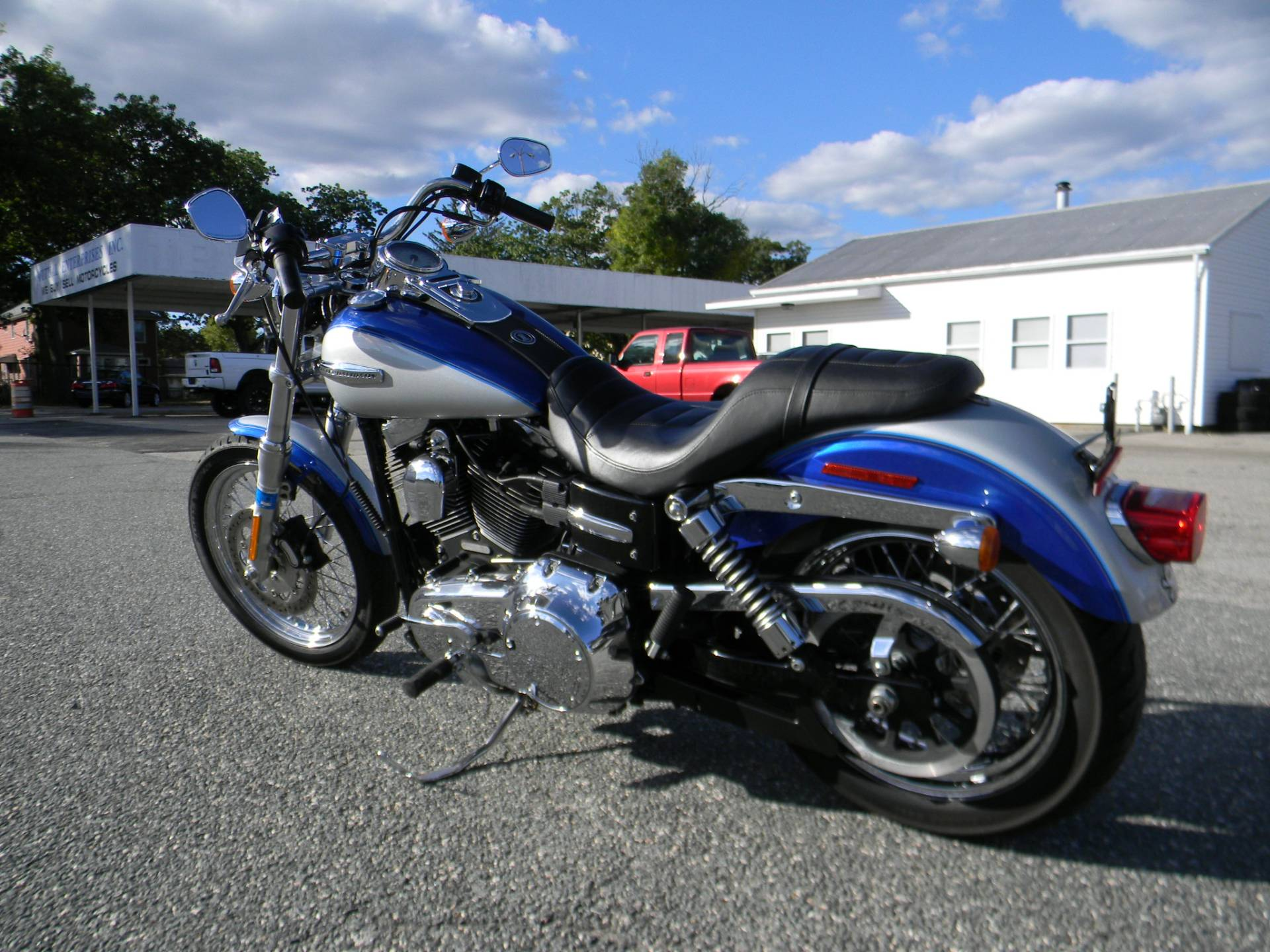 2010 Harley-Davidson Dyna® Super Glide® Custom in Springfield, Massachusetts - Photo 6
