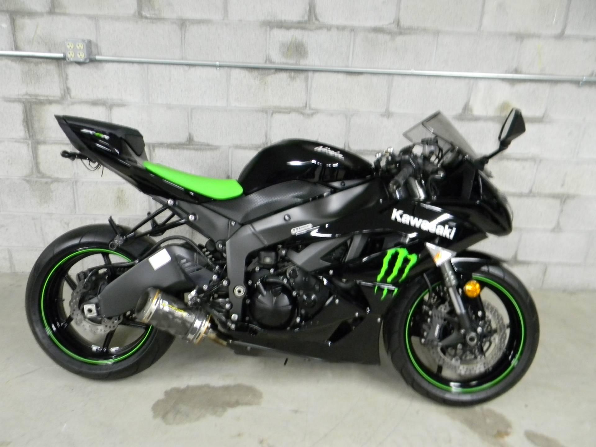 Bon 2009 Kawasaki Ninja® ZX™ 6R Monster Energy® In Springfield, Massachusetts