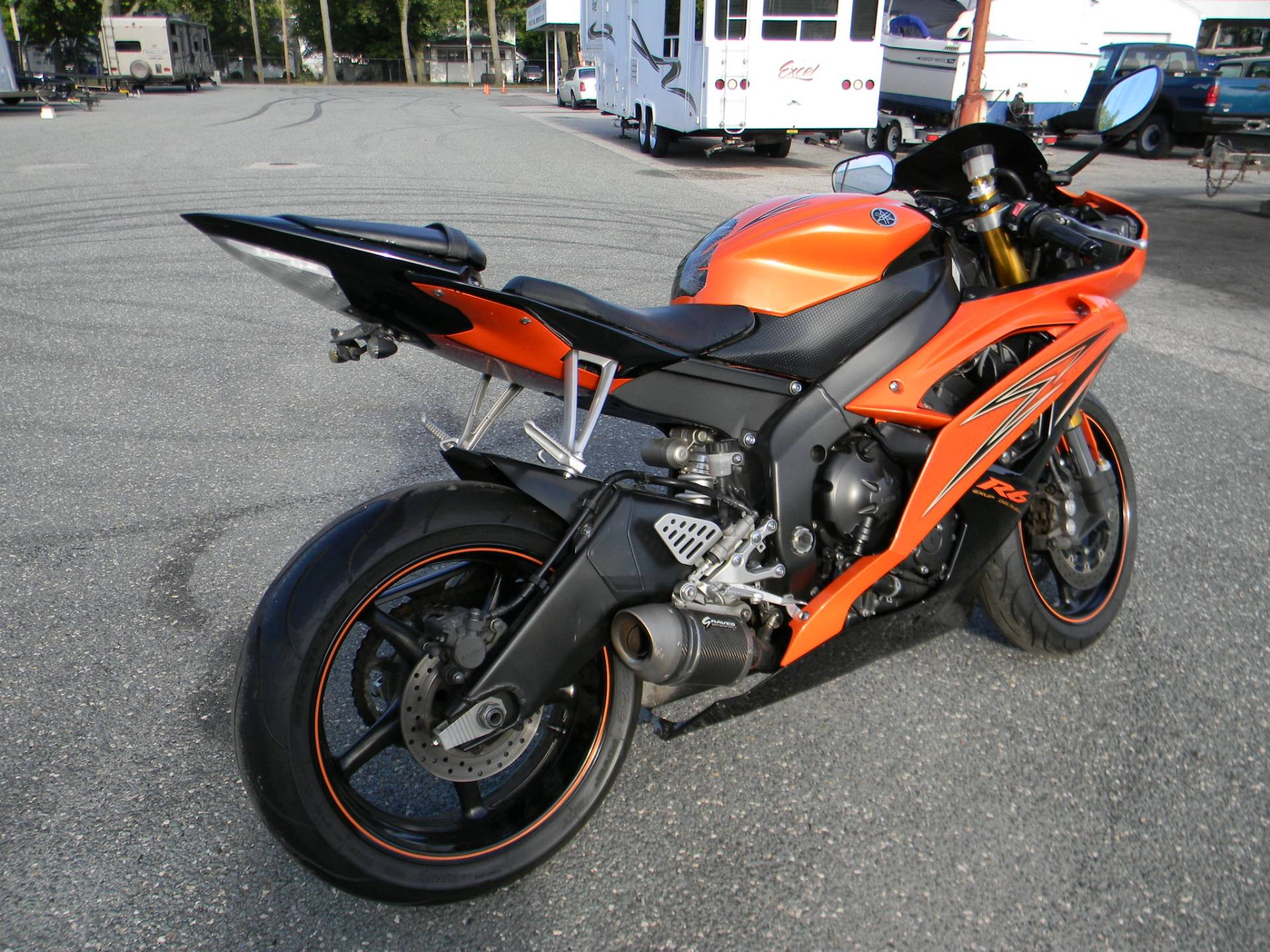 2009 Yamaha YZF-R6 in Springfield, Massachusetts - Photo 3