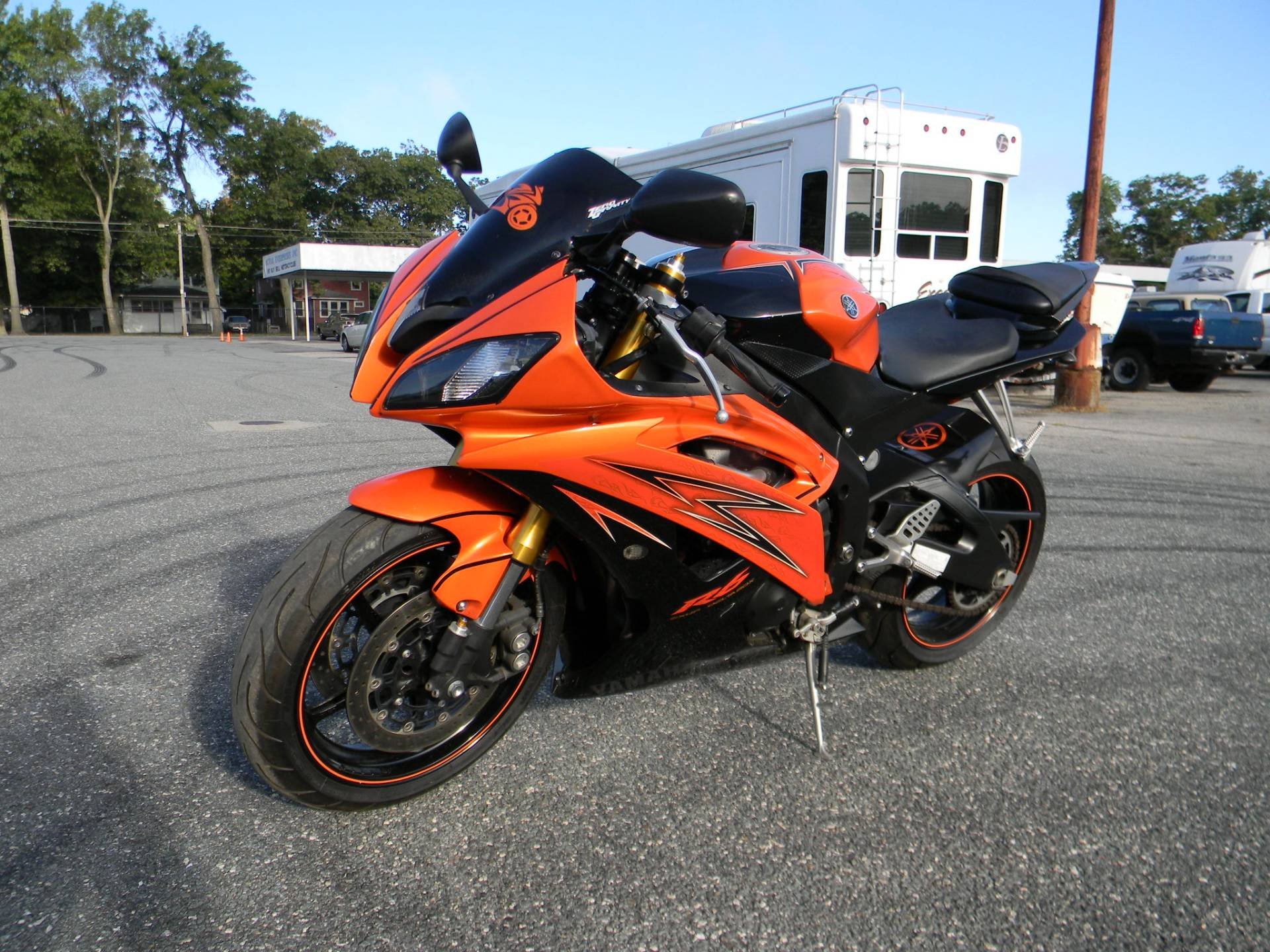 2009 Yamaha YZF-R6 in Springfield, Massachusetts - Photo 4