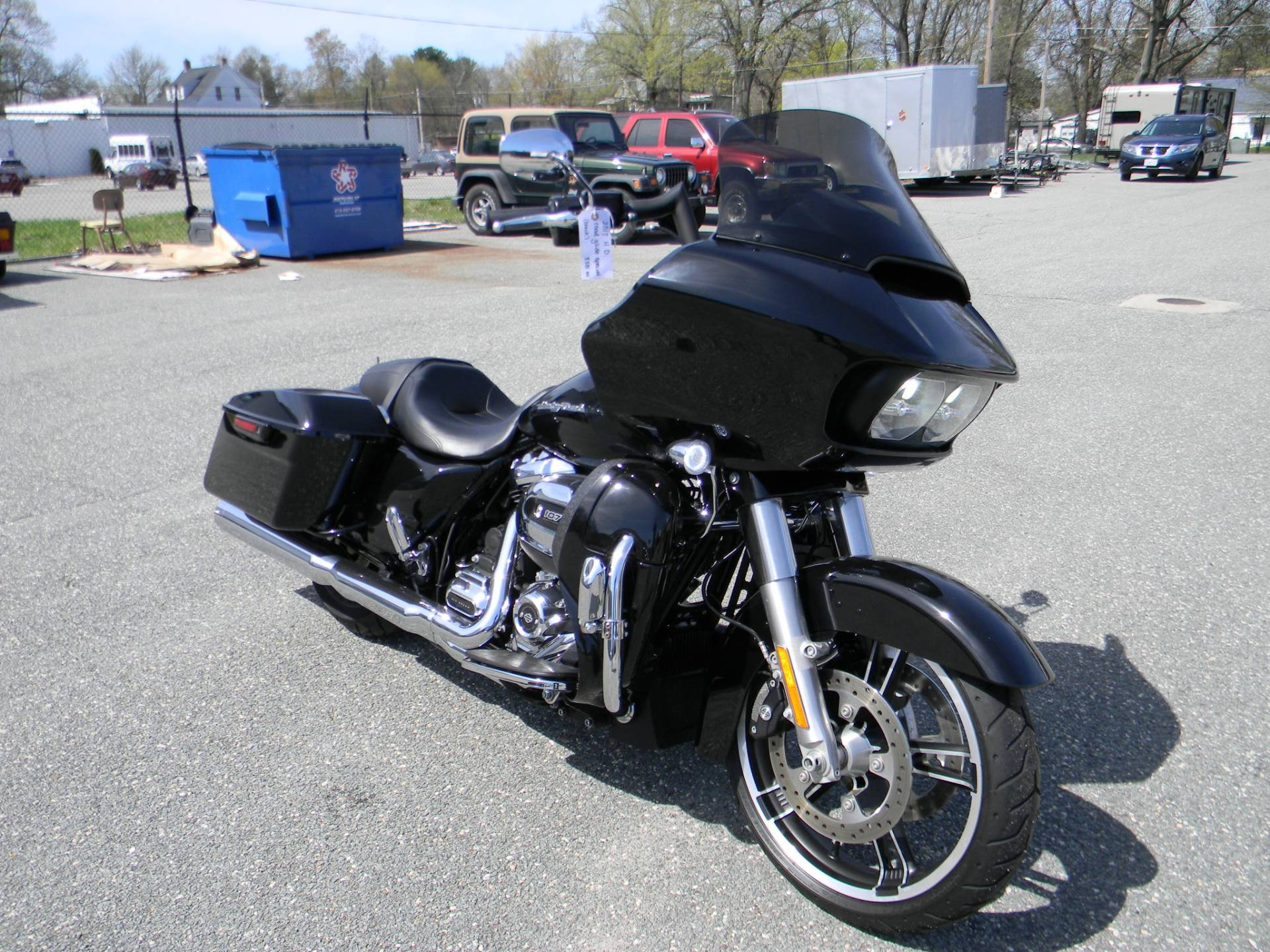 2017 Harley-Davidson Road Glide® Special in Springfield, Massachusetts - Photo 2