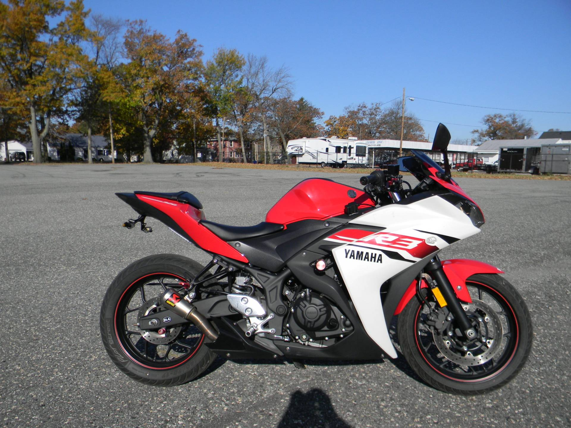 2015 Yamaha YZF-R3 in Springfield, Massachusetts - Photo 1