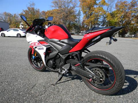 2015 Yamaha YZF-R3 in Springfield, Massachusetts - Photo 6