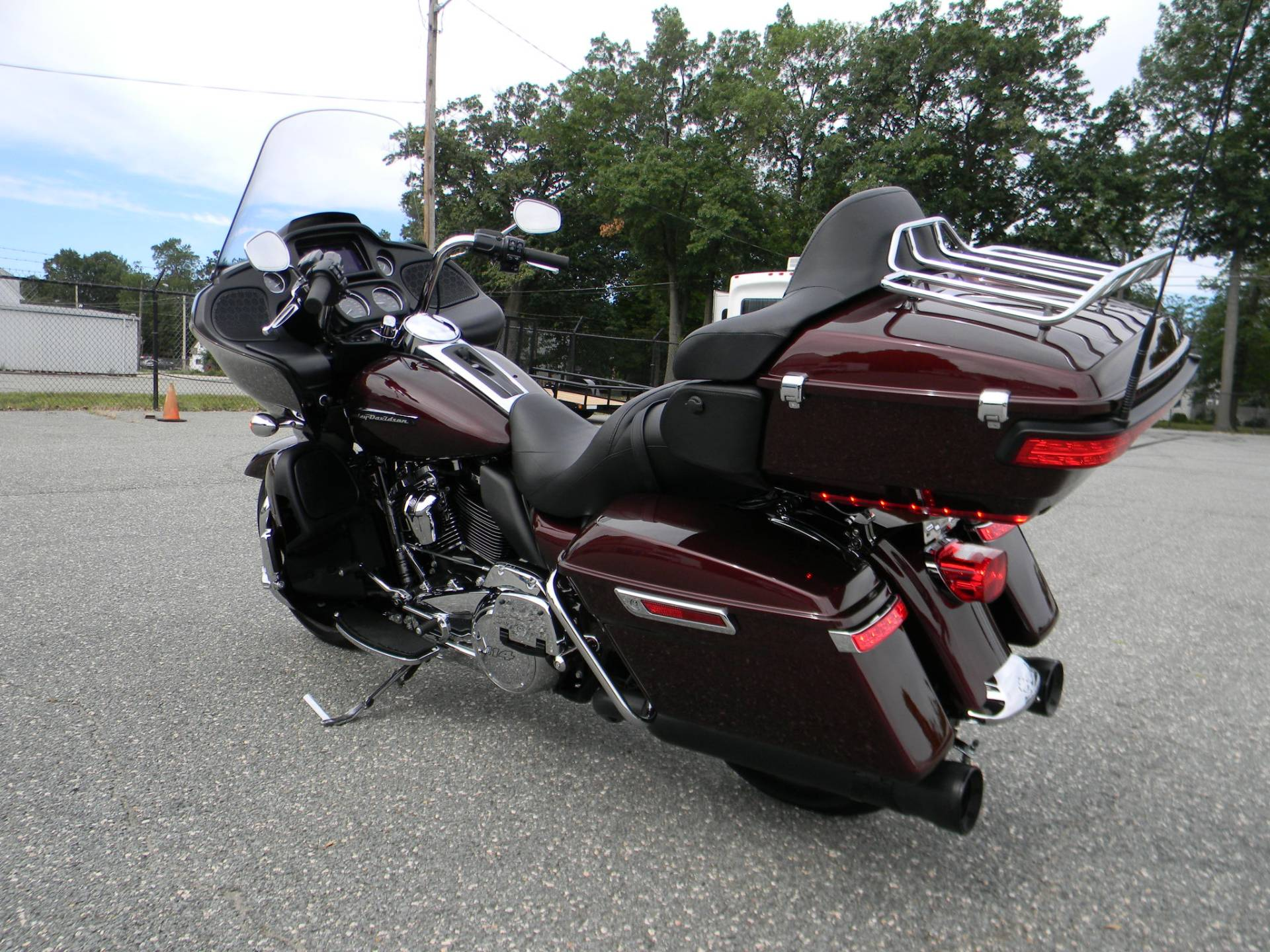 2019 Harley-Davidson Road Glide® Ultra in Springfield, Massachusetts - Photo 10