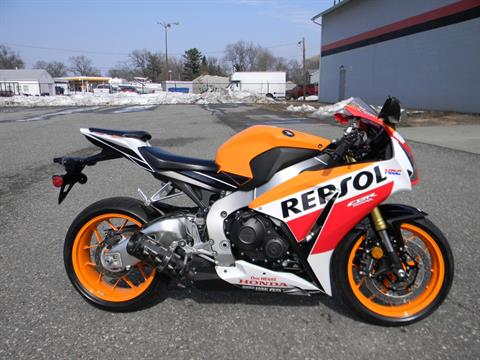 2015 Honda CBR®1000RR in Springfield, Massachusetts - Photo 1