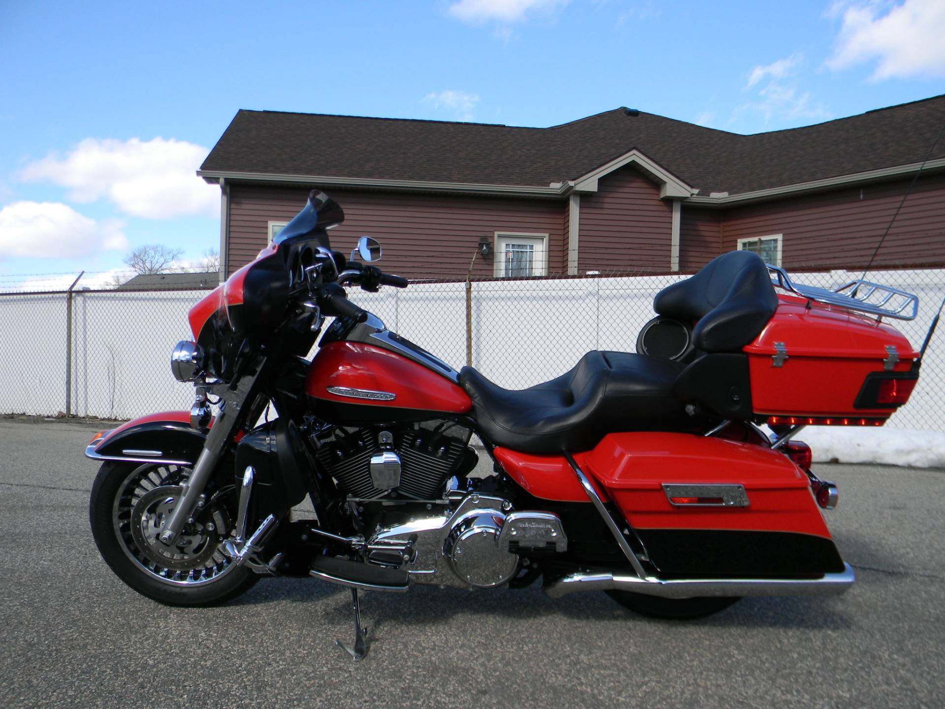 2010 Harley-Davidson Electra Glide® Ultra Limited in Springfield, Massachusetts - Photo 7