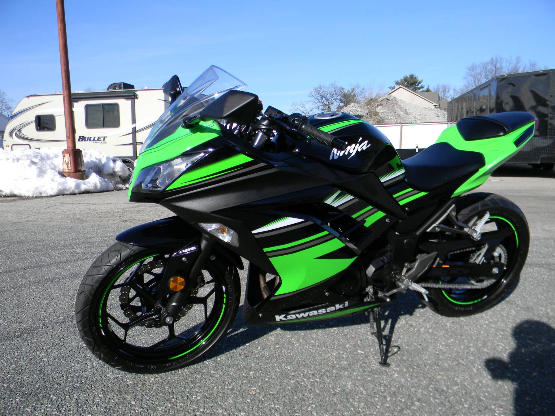 2016 Kawasaki Ninja 300 ABS KRT Edition in Springfield, Massachusetts - Photo 4