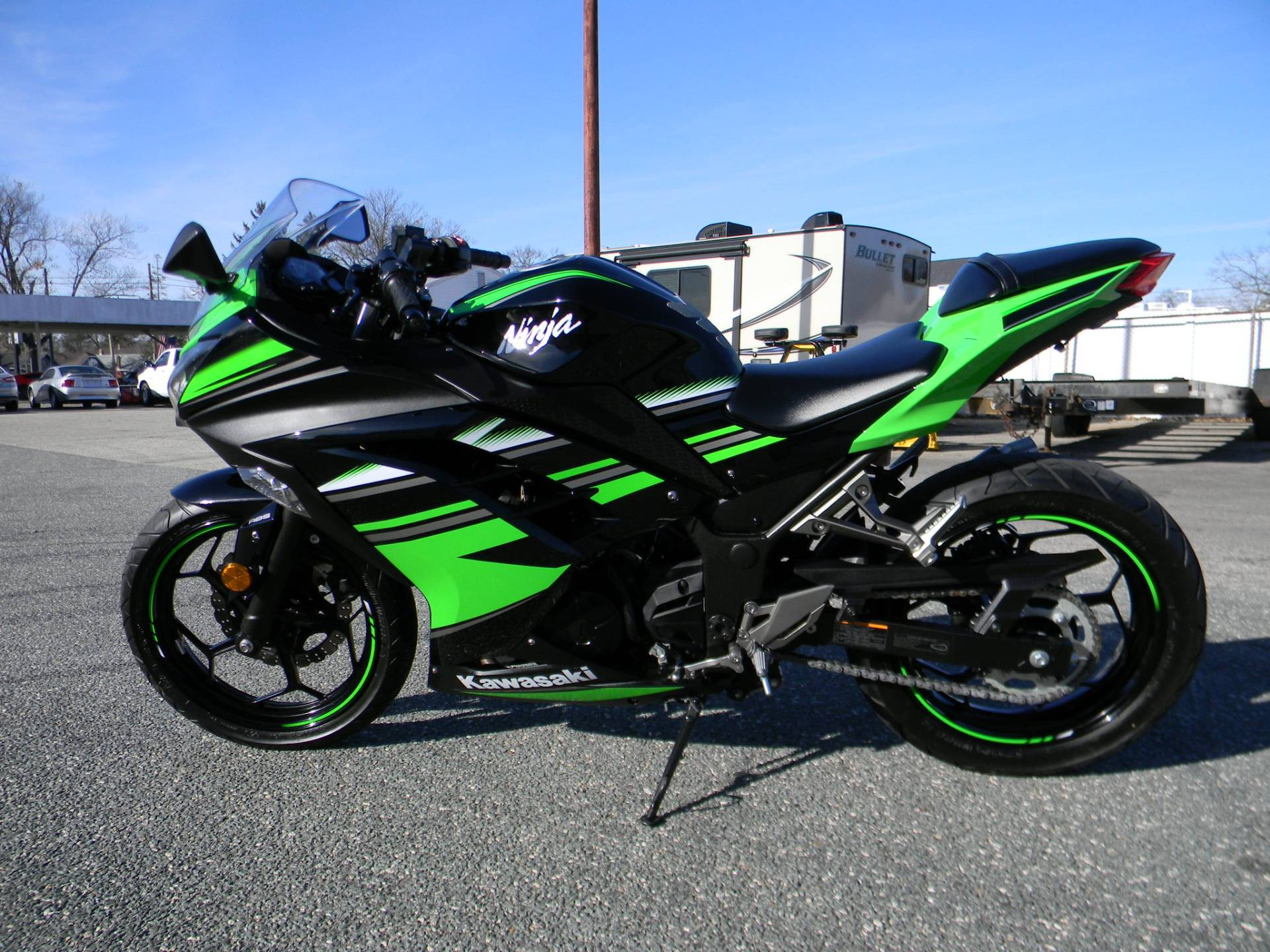 2016 Kawasaki Ninja 300 ABS KRT Edition in Springfield, Massachusetts - Photo 5
