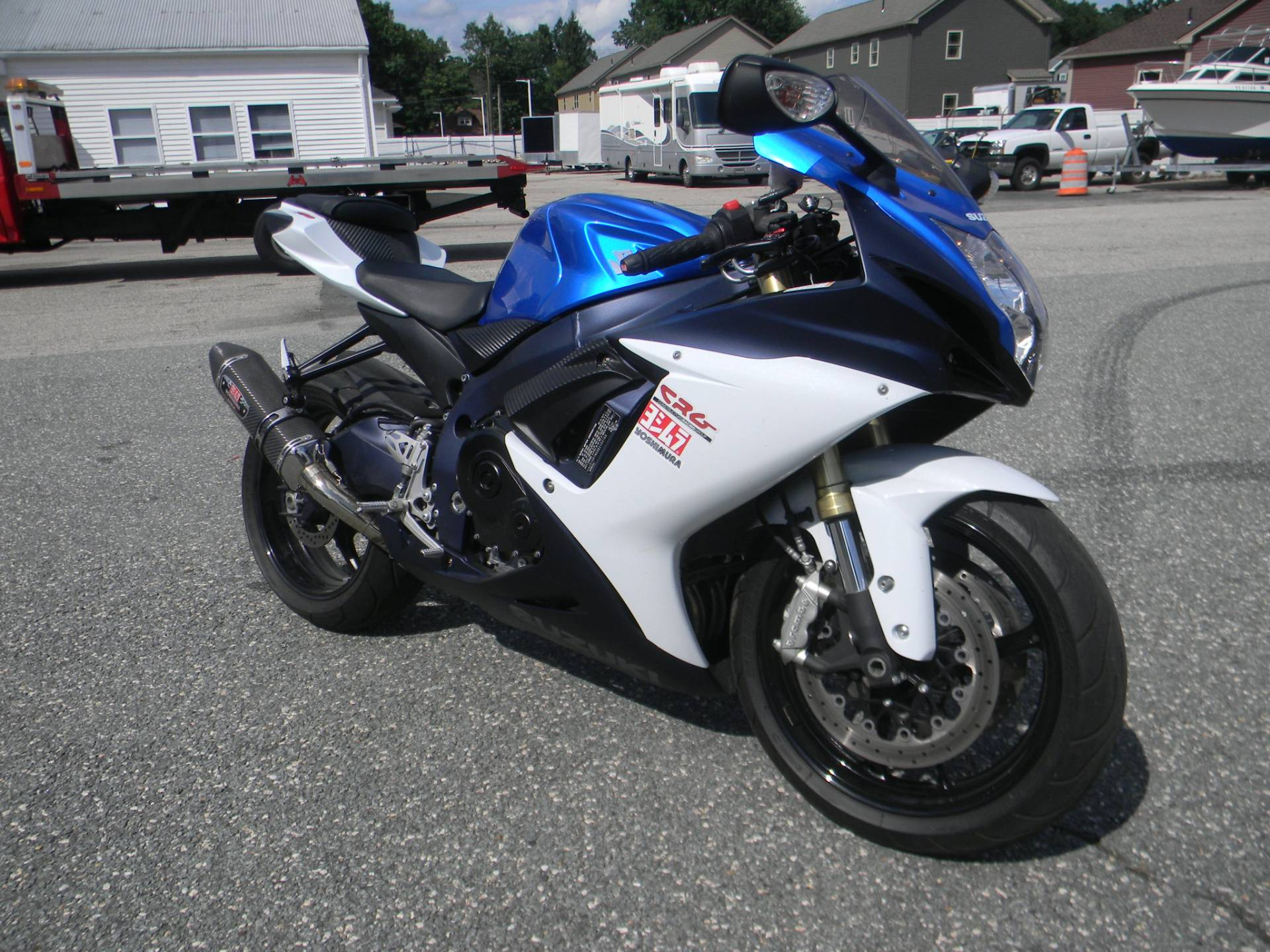 2011 Suzuki GSX-R750™ in Springfield, Massachusetts - Photo 2