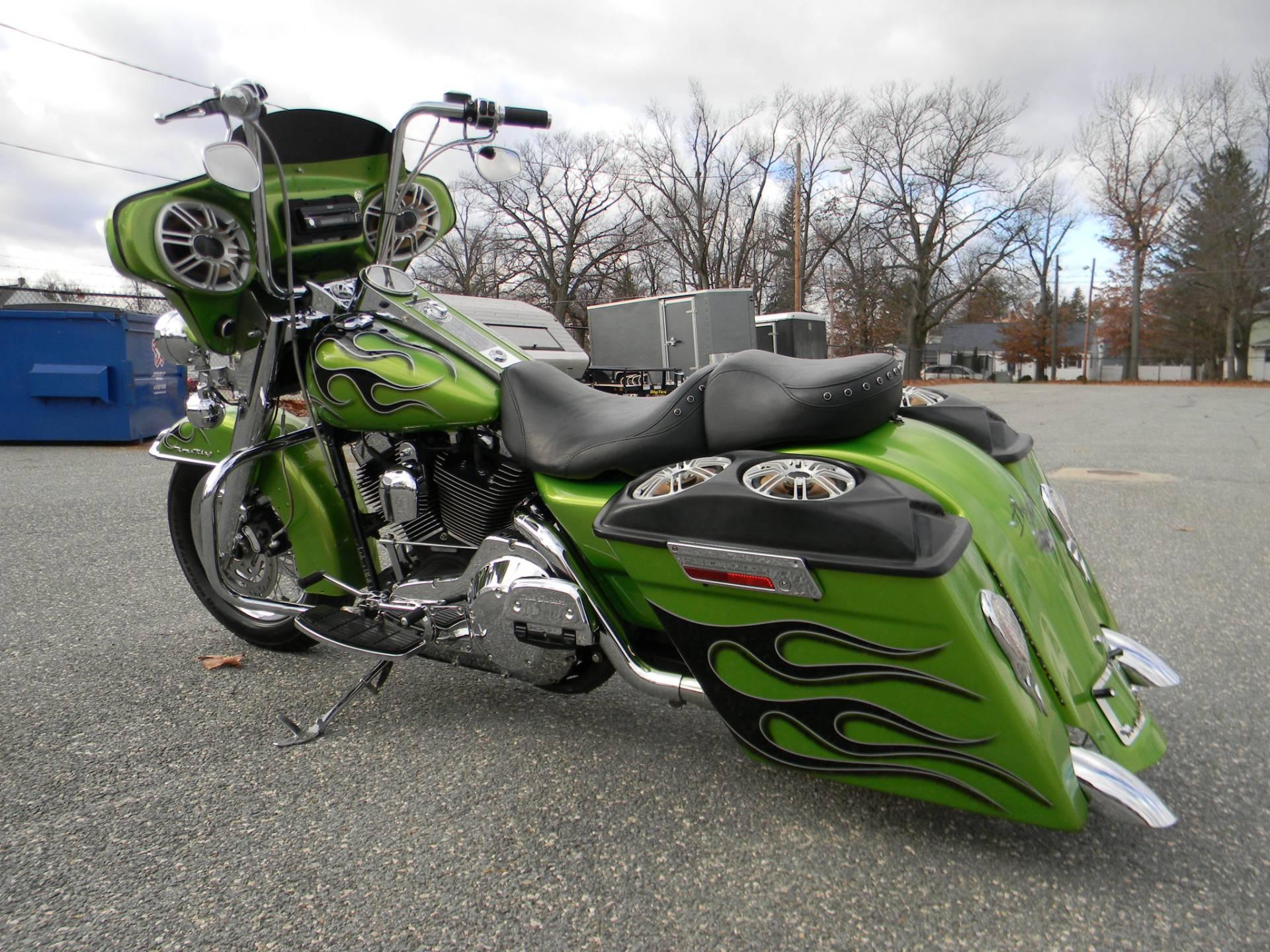 2005 Harley-Davidson FLHR/FLHRI Road King® in Springfield, Massachusetts