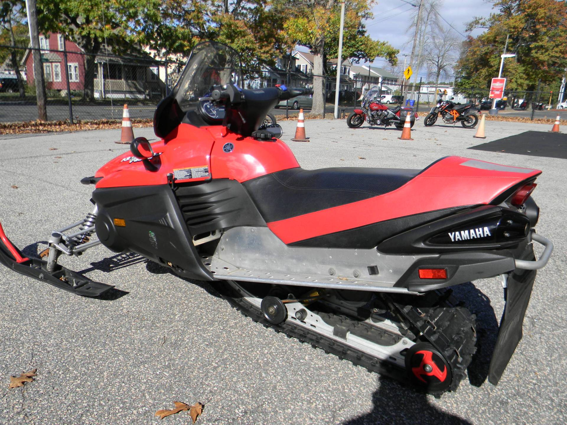 2005 Yamaha RS Vector ER in Springfield, Massachusetts