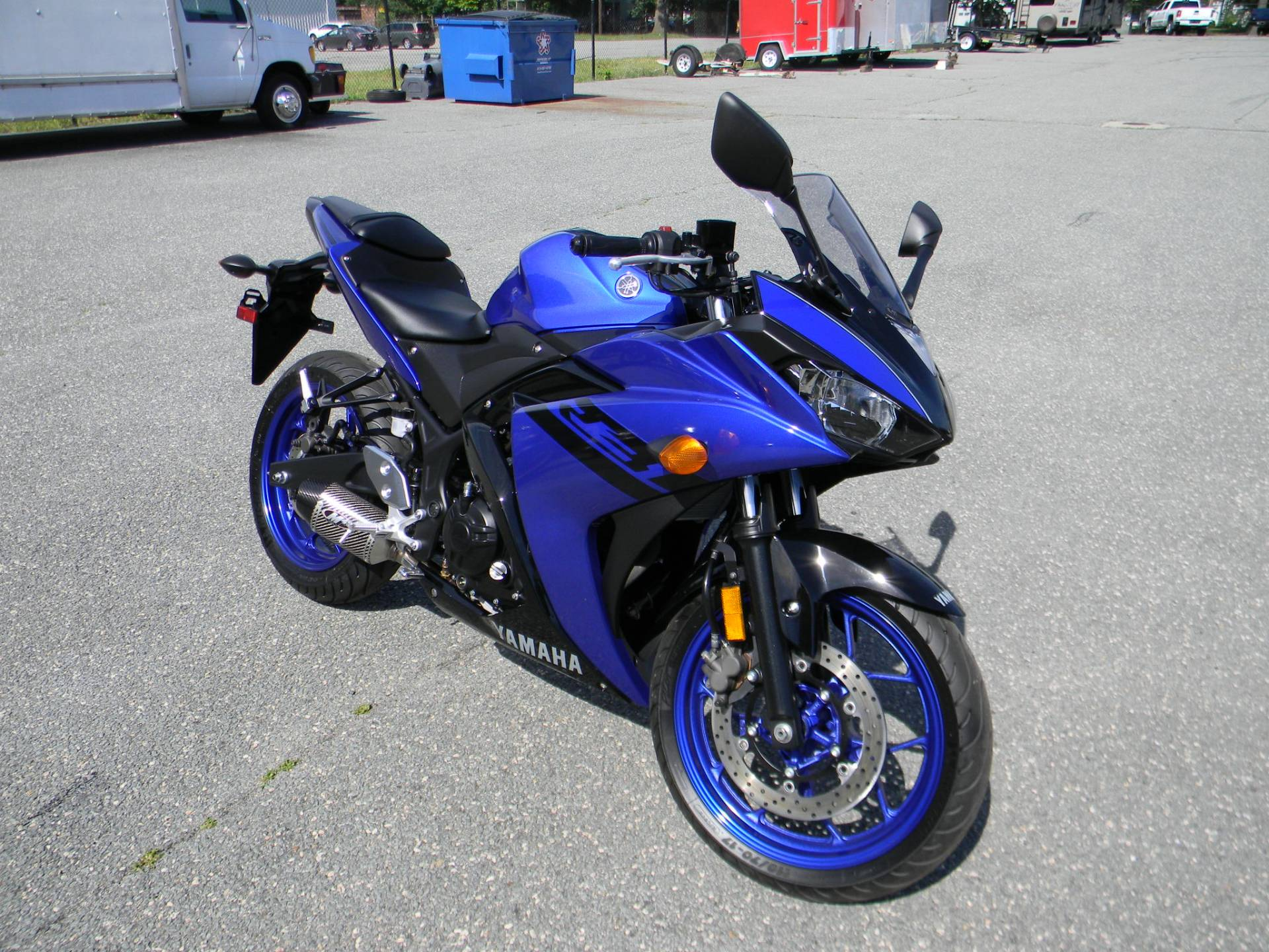 2018 Yamaha YZF-R3 in Springfield, Massachusetts - Photo 2